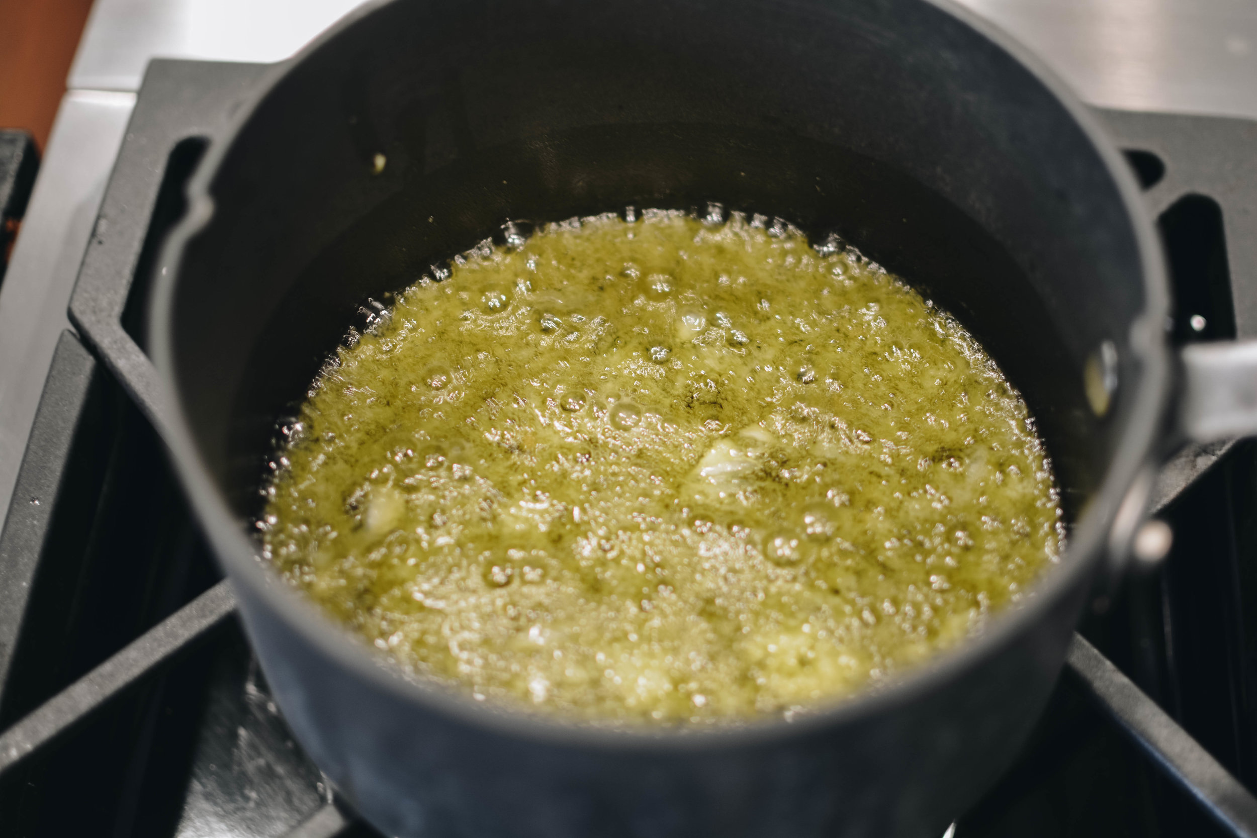 garlic and oil sauce