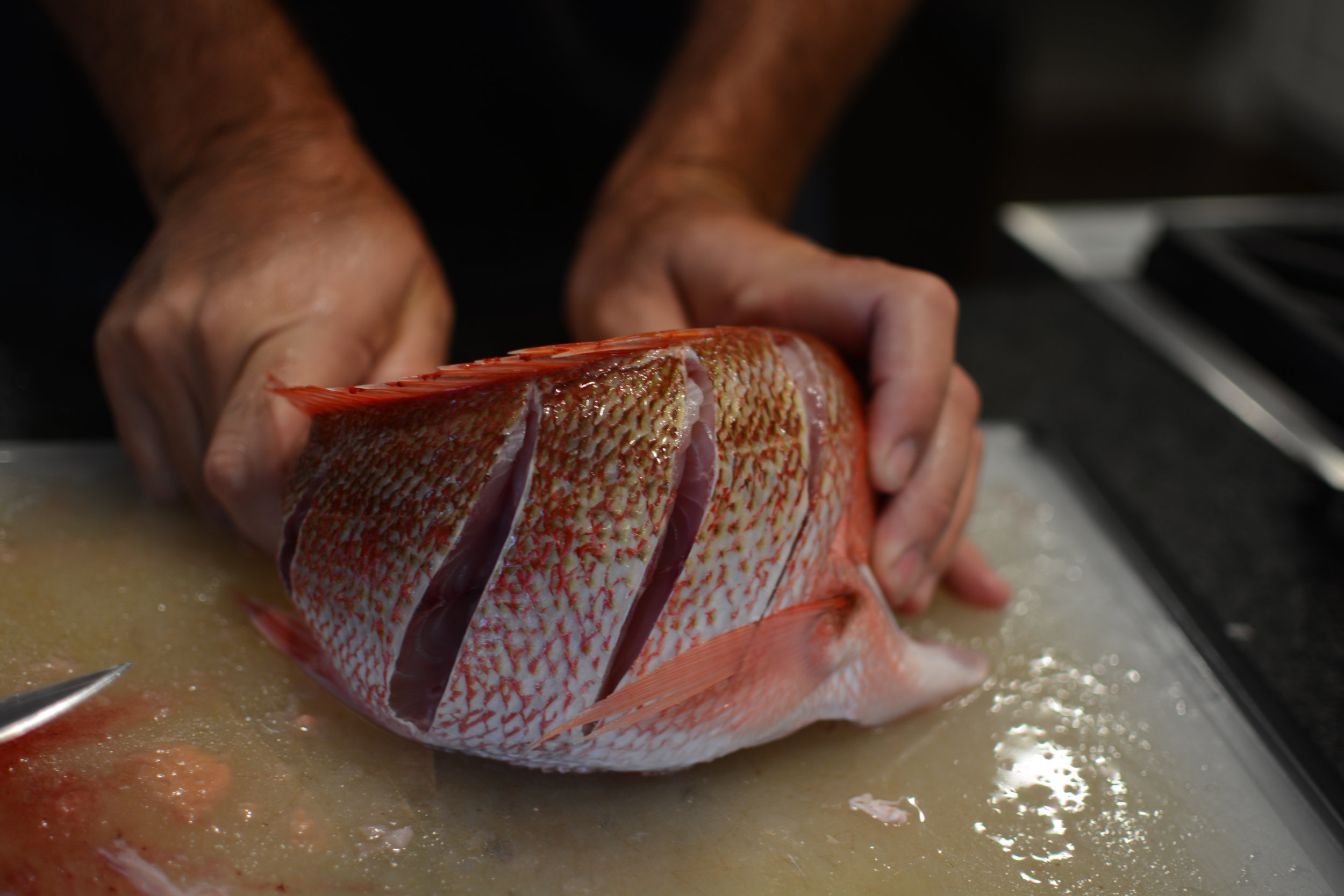 cleaning red snapper cooked whole