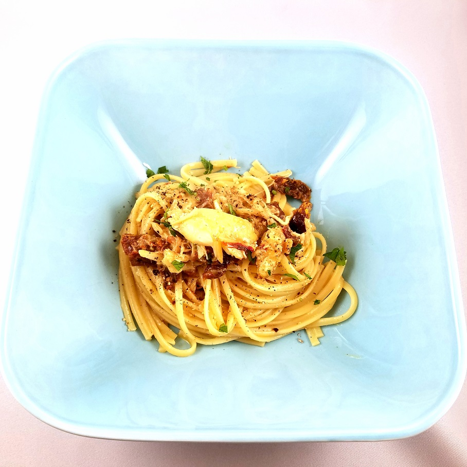 Crab Carbonara with sun dried tomatoes