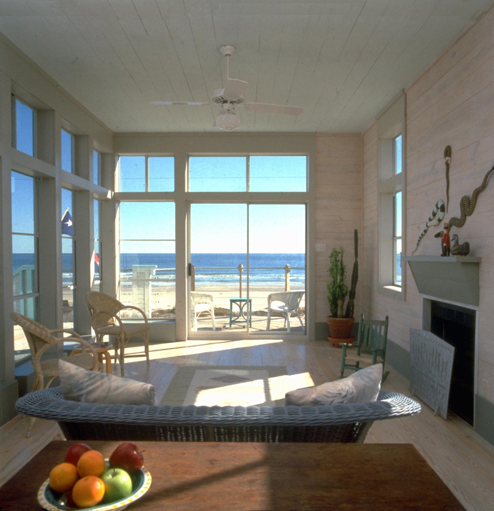 CALDWELL-livingroom w_ fruit.jpg