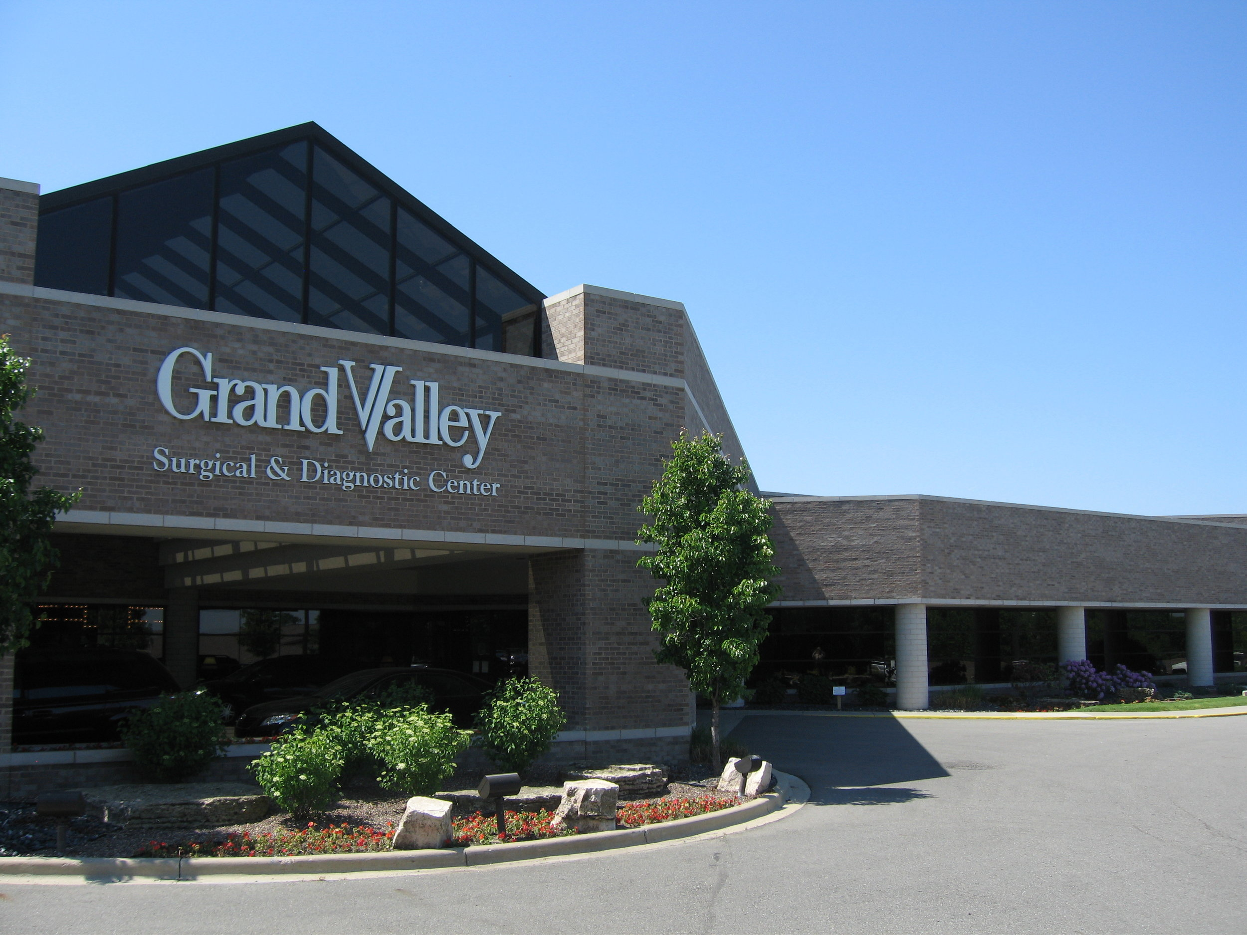 Grand Valley Surgical Center logo
