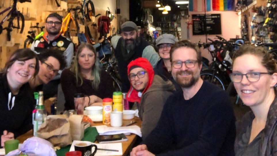 g-and-o-team-seattle-family-cyclery.jpg