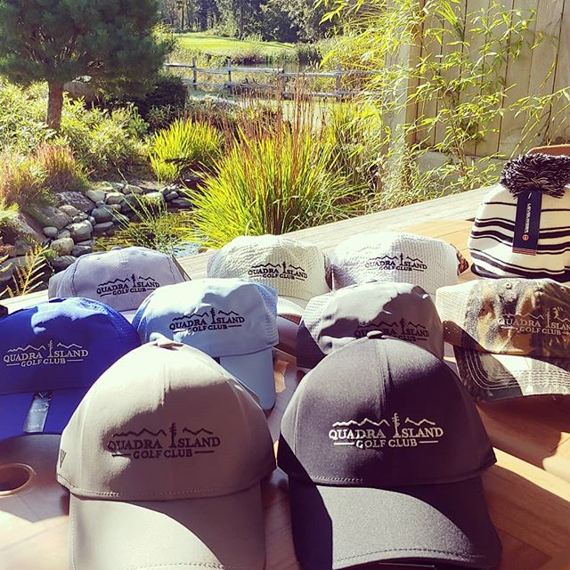 Come down for a beautiful day of Fall golf and pick up one of our new hats while your here! 🍂🍁⛳⛳🍂🍁 Also all of our regular priced clothing items are now 30% off.  #newhats #fallgolf #sunisshining #golf #saturday #islandgolf #funinthesun #lovefall #shopping #deals #vancouverislandgolftrail