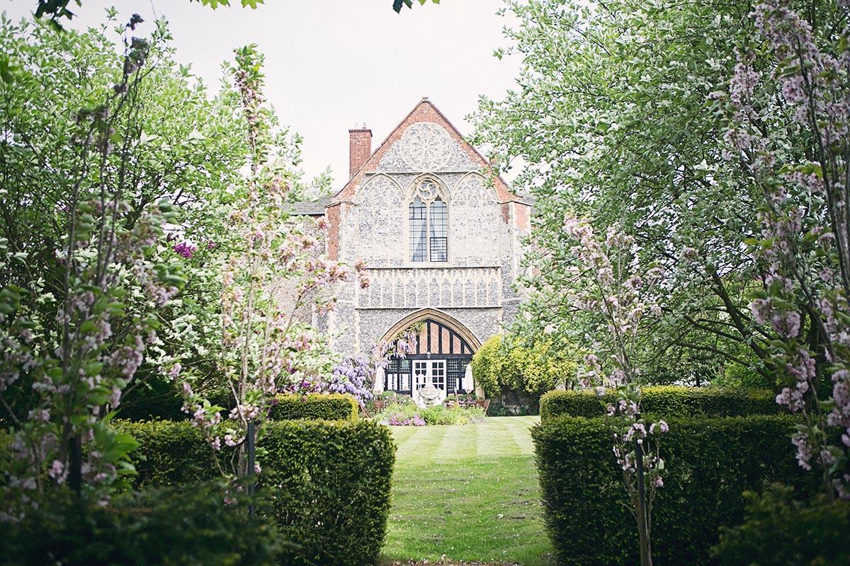 house-grounds34.jpg