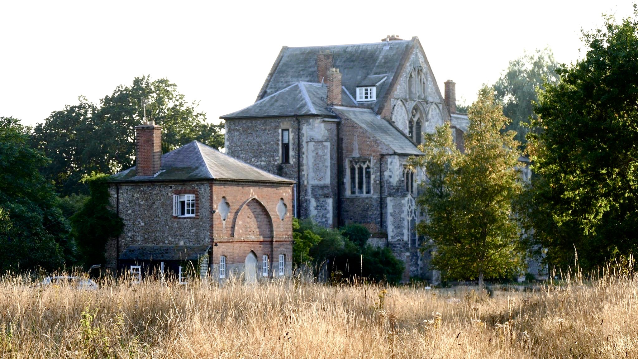 Butley Priory  is a small venue so tickets are limited due to space. Our most recent concert with  Peter Gregson  was SOLD OUT quickly so I encourage you to book soon if you'd like to come.   Thursday 4th July 19:00 to 22:00  £20 or a limited number at £10 sitting on a cushion on the floor.     TICKETS    So I hope you can make it on July 4th, See you then!  With love,    Frances