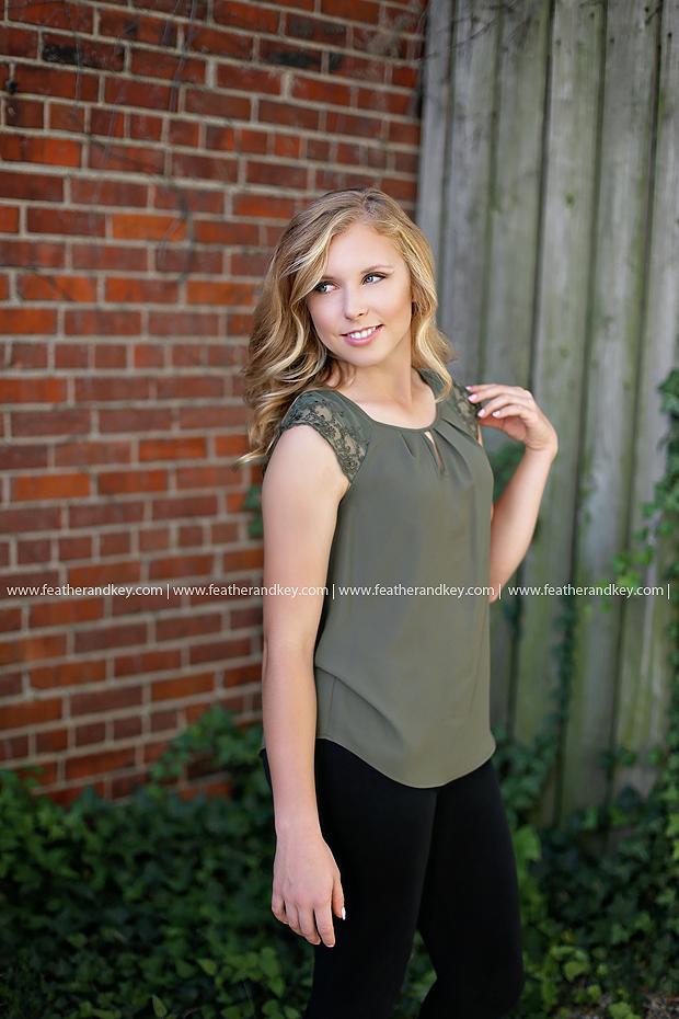 Huntington Senior Pictures 46750 Jordyn13.JPG