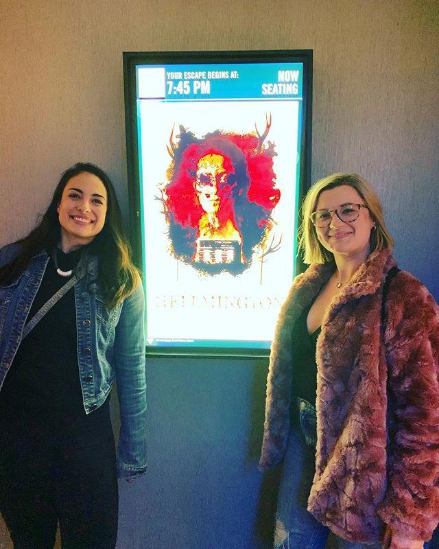 Dream Team 💀🙋🏻♀️🙋🏼♀️ @nicolasummer @mshellelouise #hellmington #cineplex