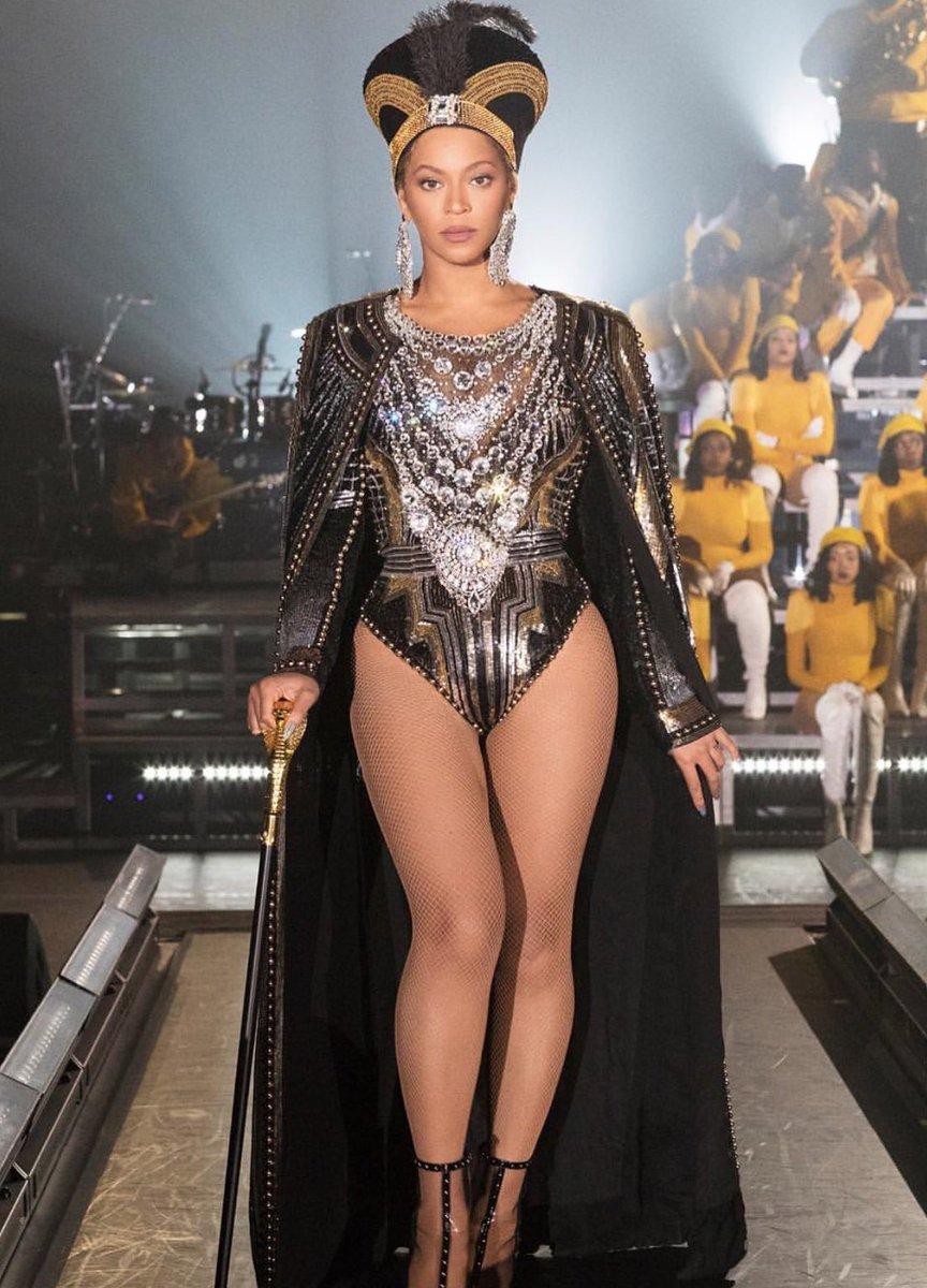 Beyoncé at Coachella, photo via  Twitter