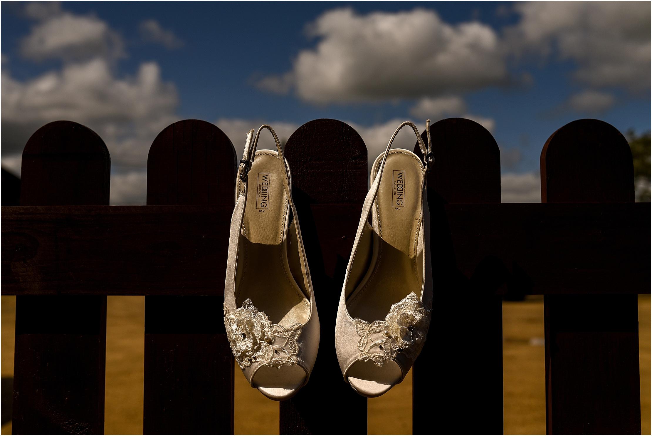 shireburn-arms-wedding- 029.jpg