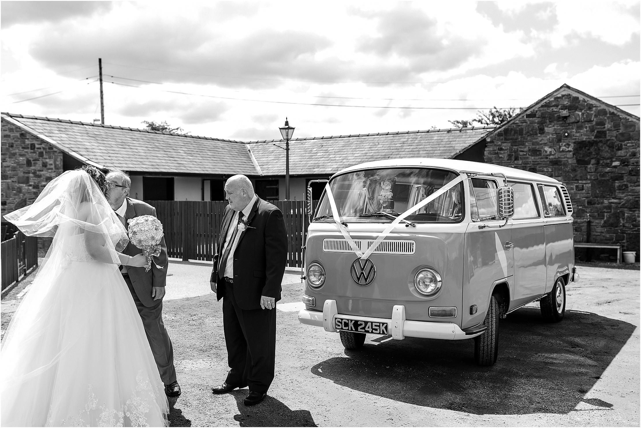 shireburn-arms-wedding- 042.jpg
