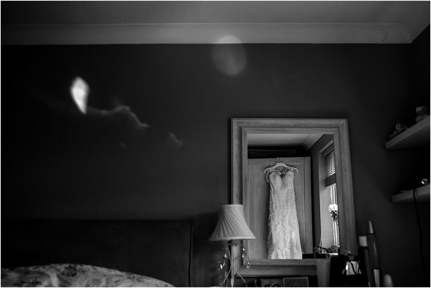 bartle-hall-wedding-photography-016.jpg