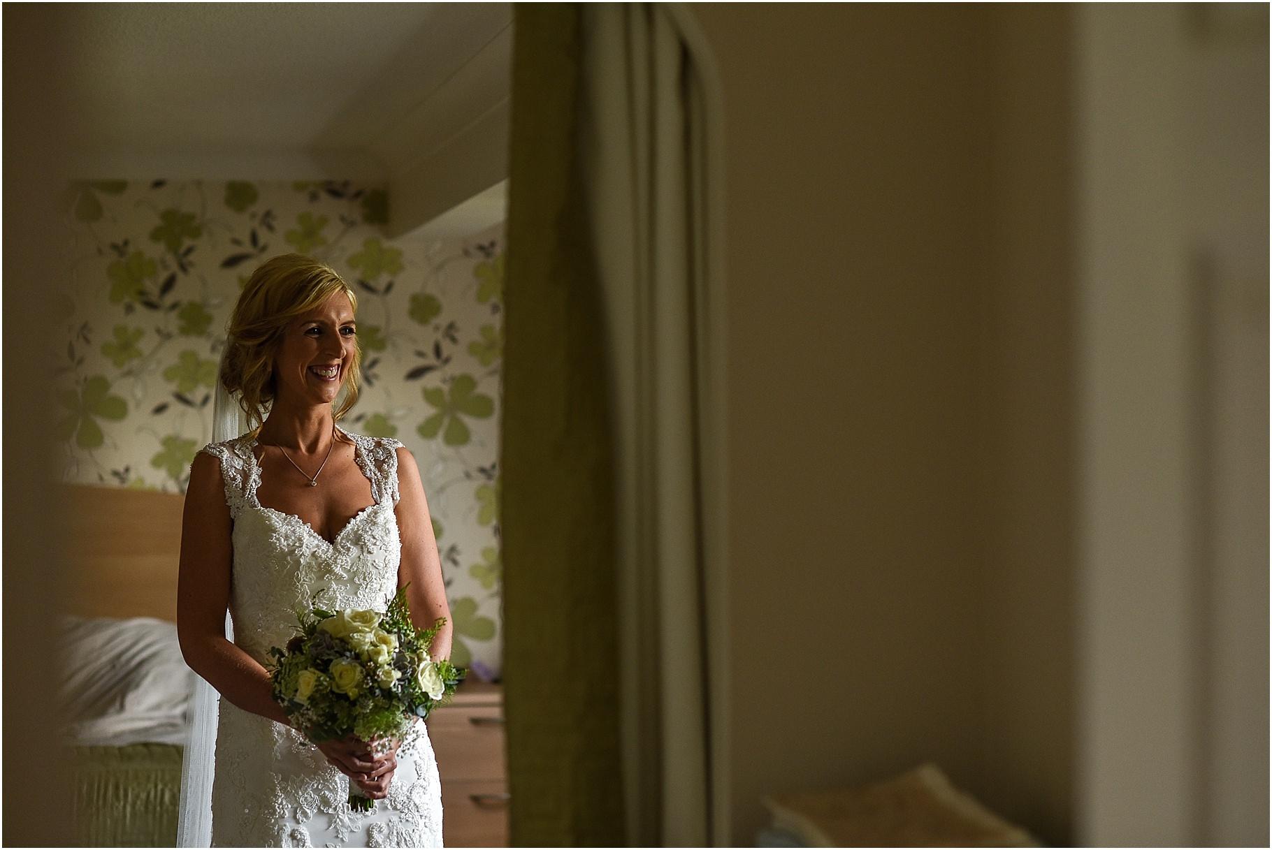 bartle-hall-wedding-photography-025.jpg