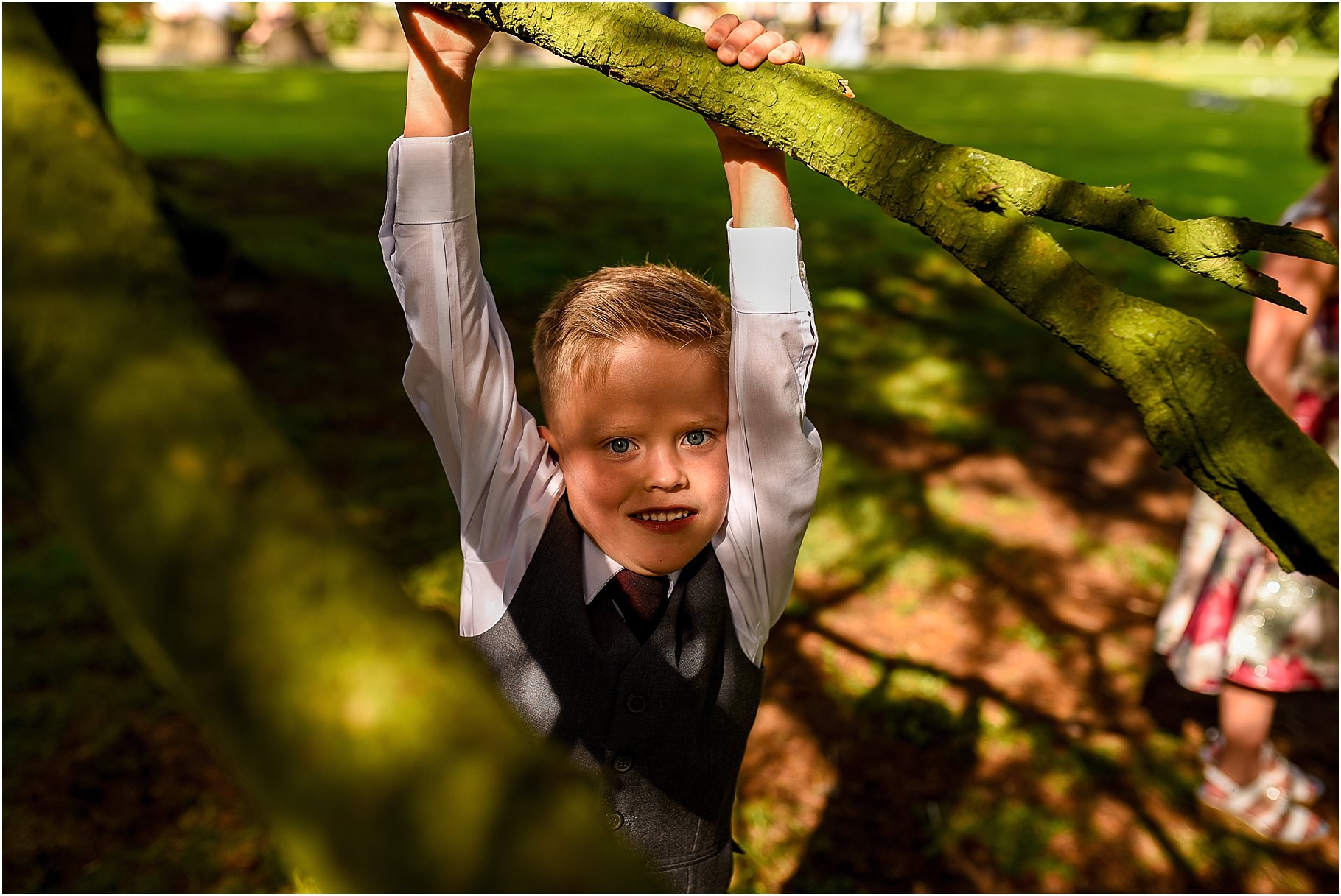 bartle-hall-wedding-photography-049.jpg