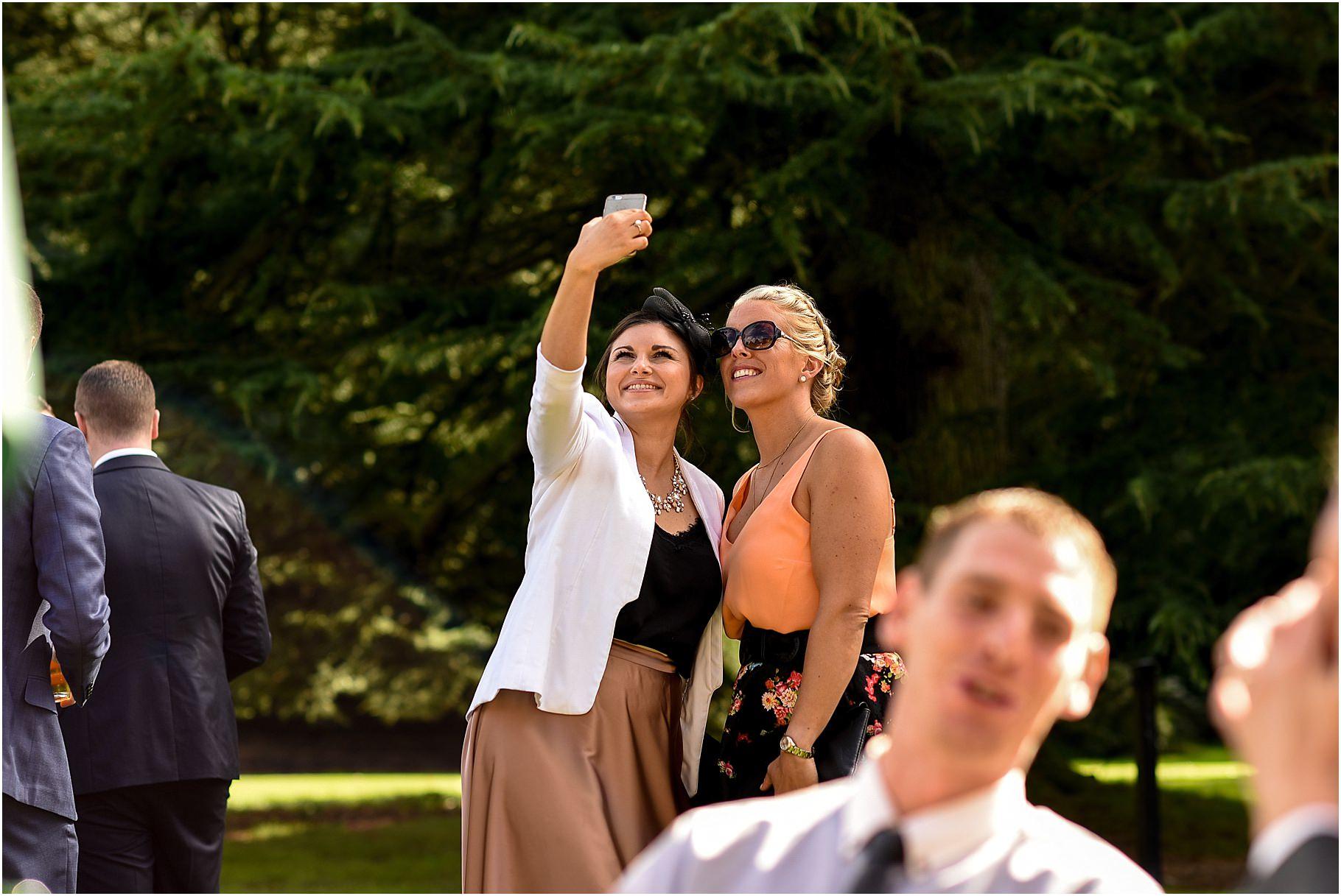 bartle-hall-wedding-photography-052.jpg
