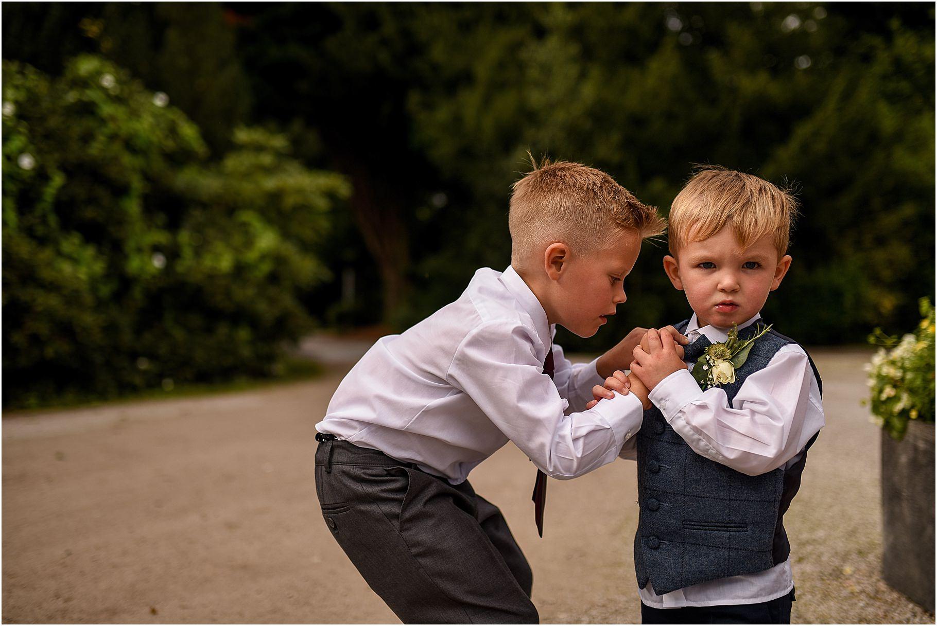 bartle-hall-wedding-photography-055.jpg