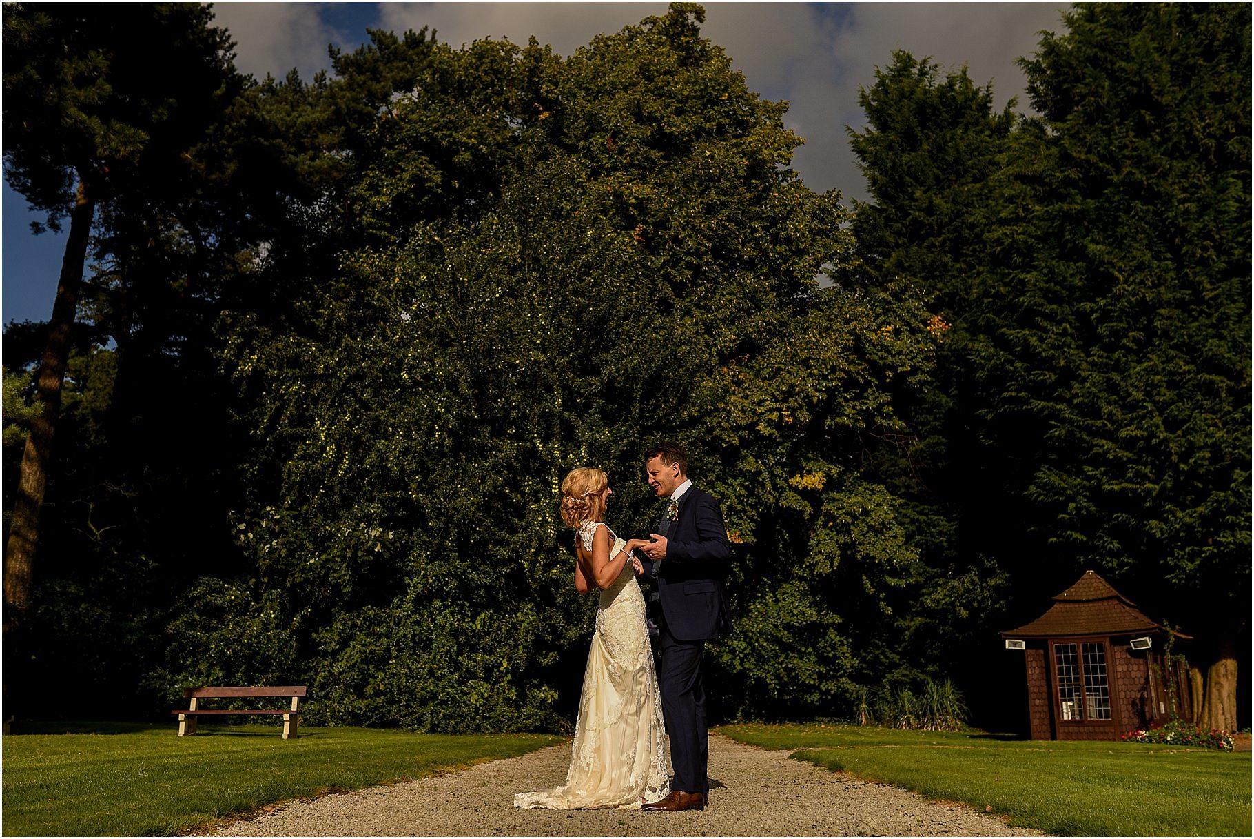 bartle-hall-wedding-photography-061.jpg