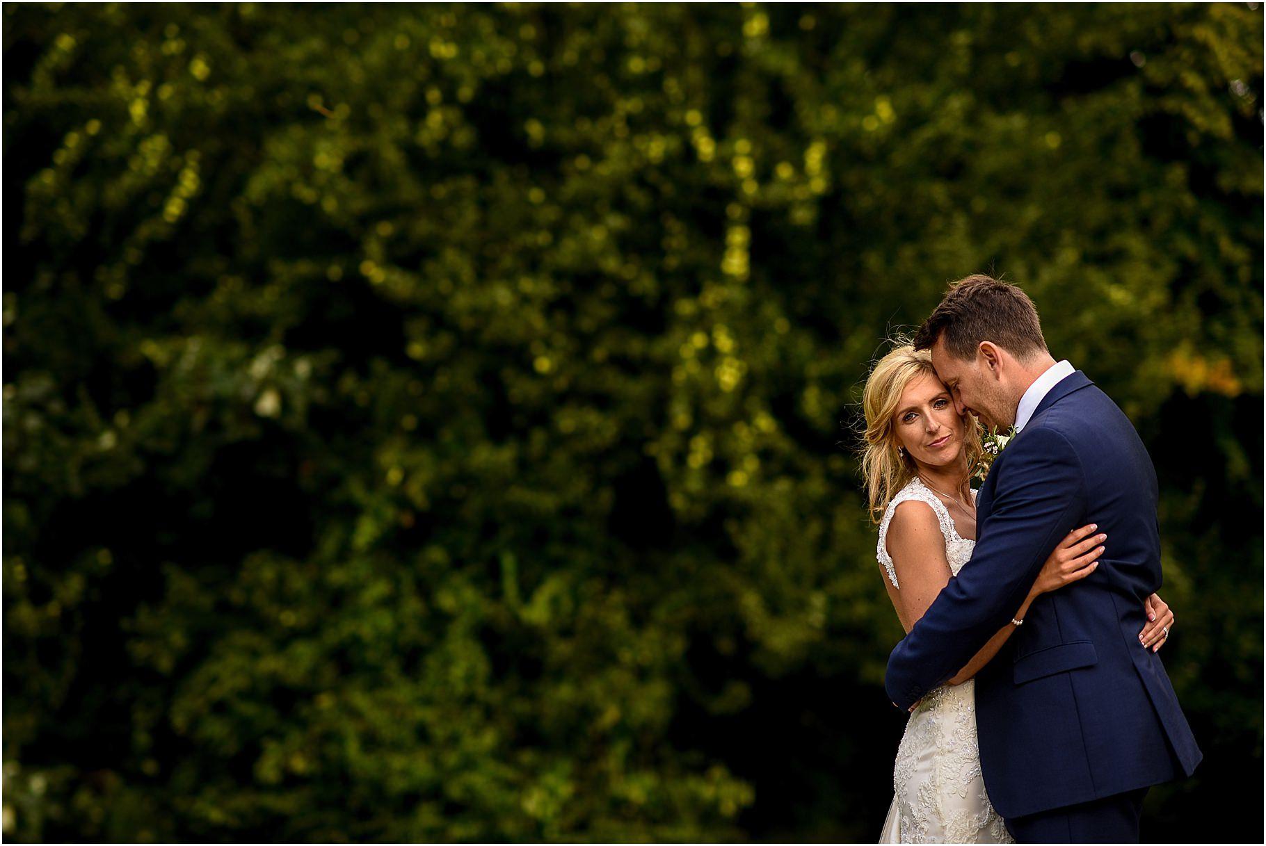 bartle-hall-wedding-photography-065.jpg