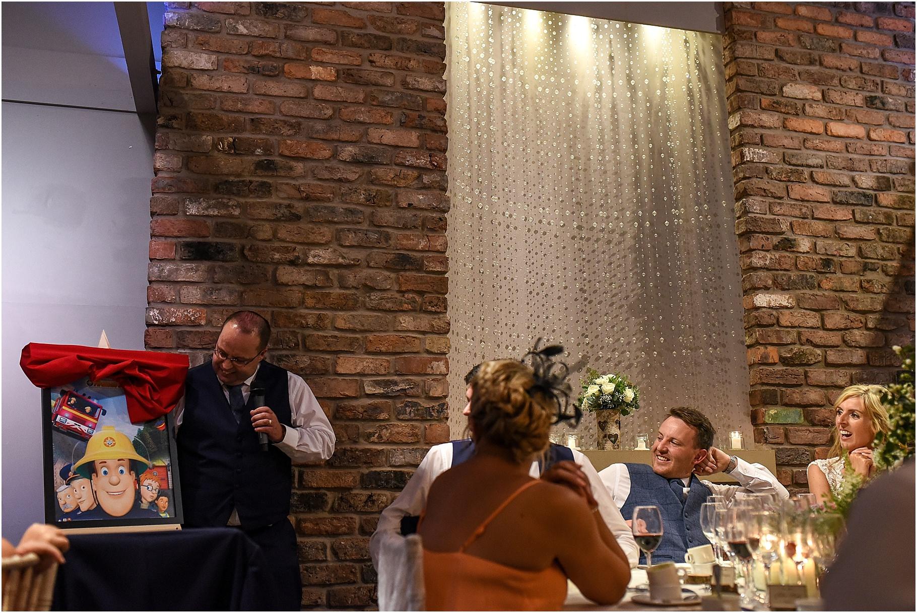 bartle-hall-wedding-photography-079.jpg