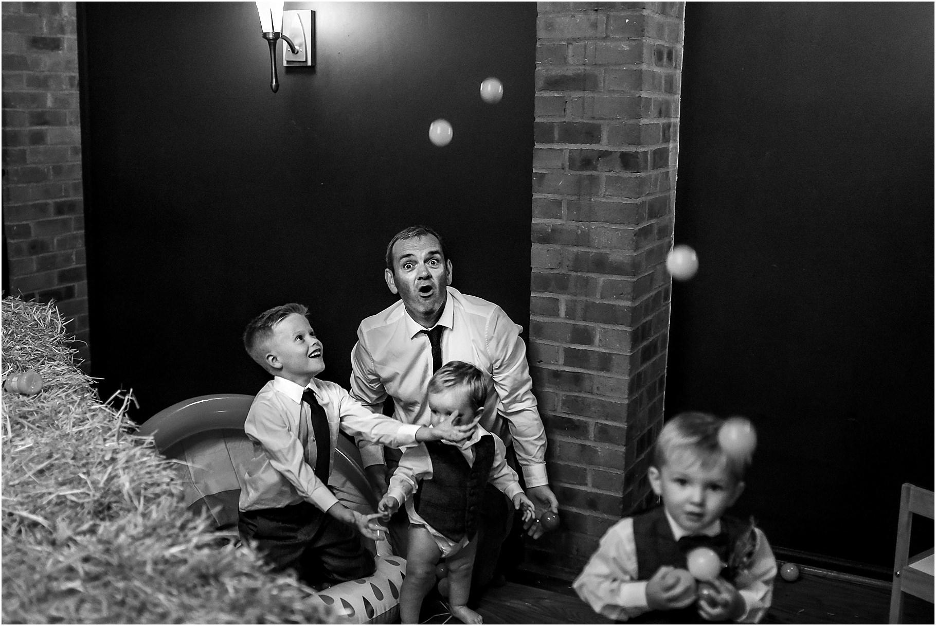 bartle-hall-wedding-photography-080.jpg