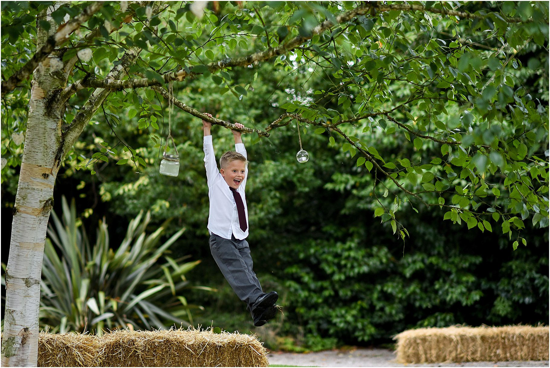 bartle-hall-wedding-photography-081.jpg