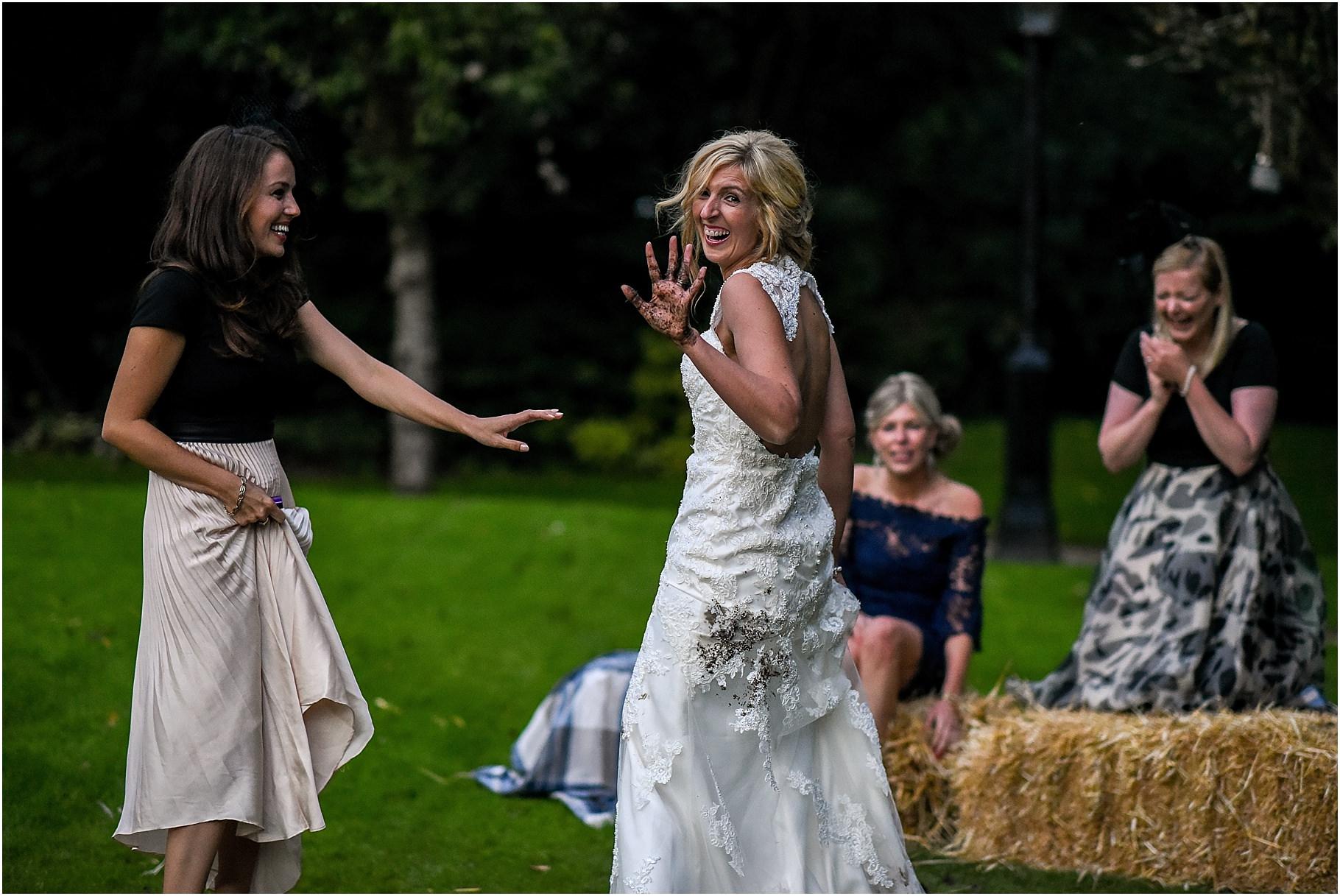 bartle-hall-wedding-photography-088.jpg