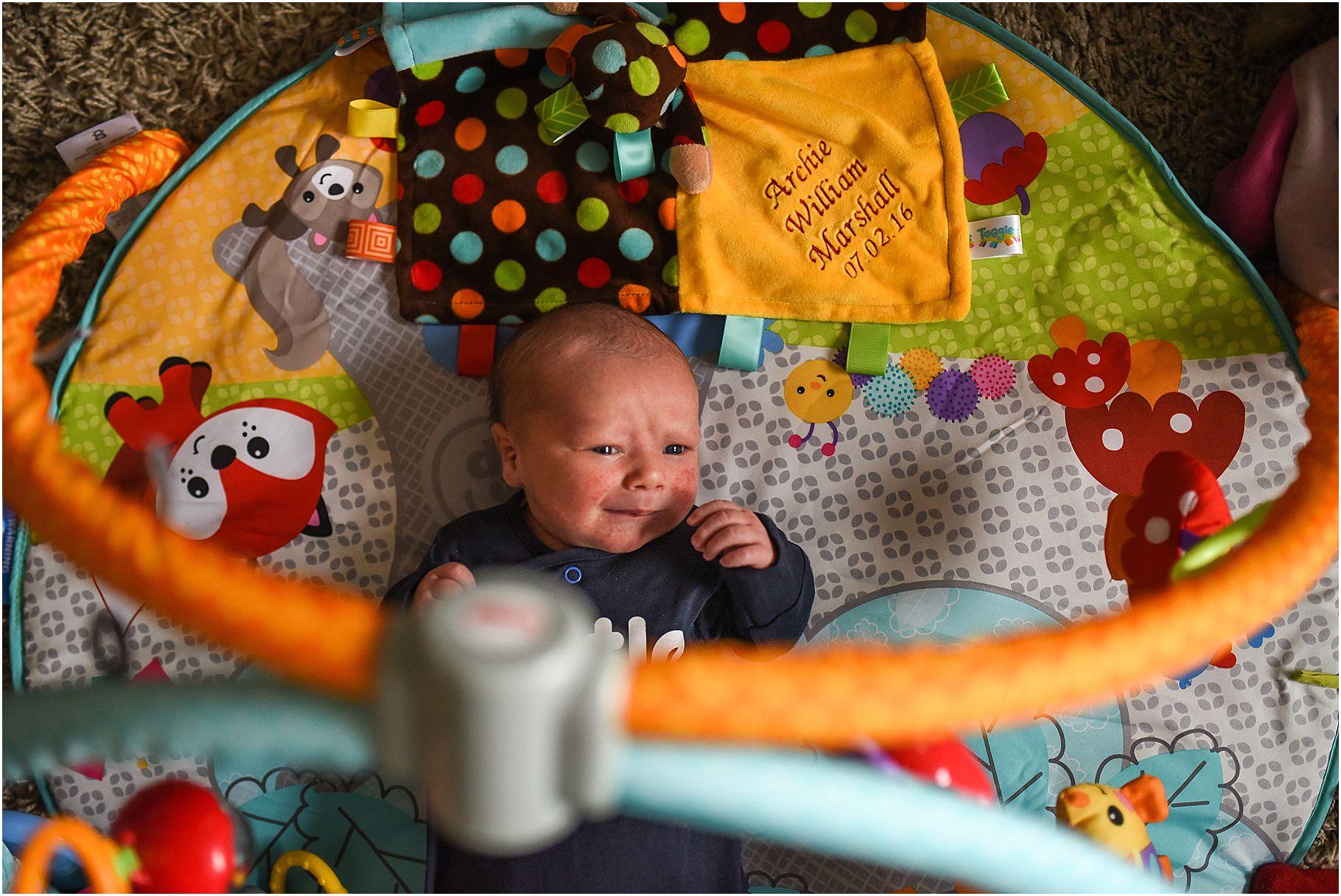 lancashire-family-portraits-documentary-newborn-44.jpg