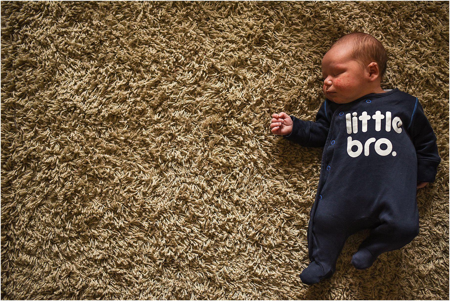 lancashire-family-portraits-documentary-newborn-39.jpg