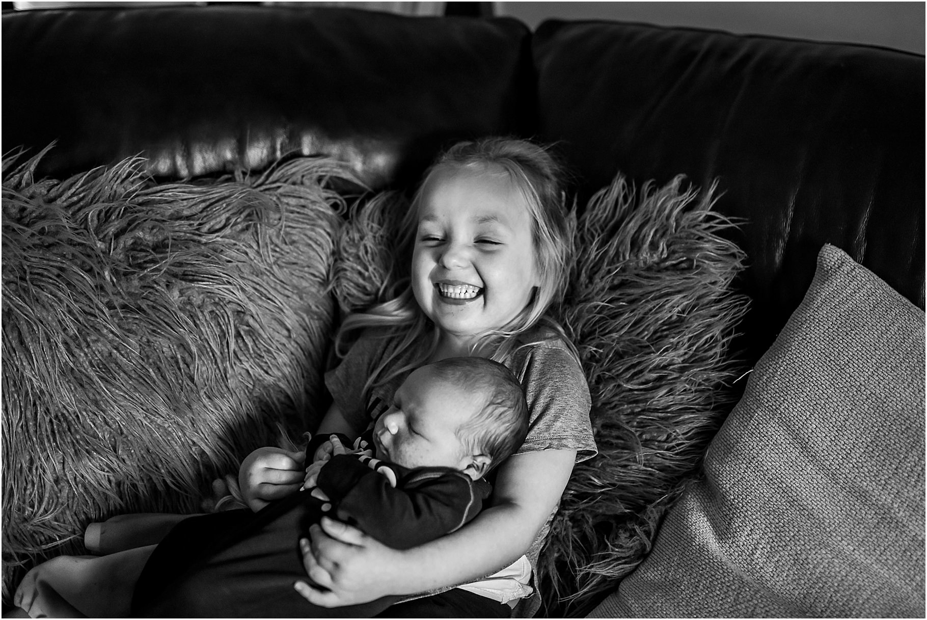 lancashire-family-portraits-documentary-newborn-21.jpg