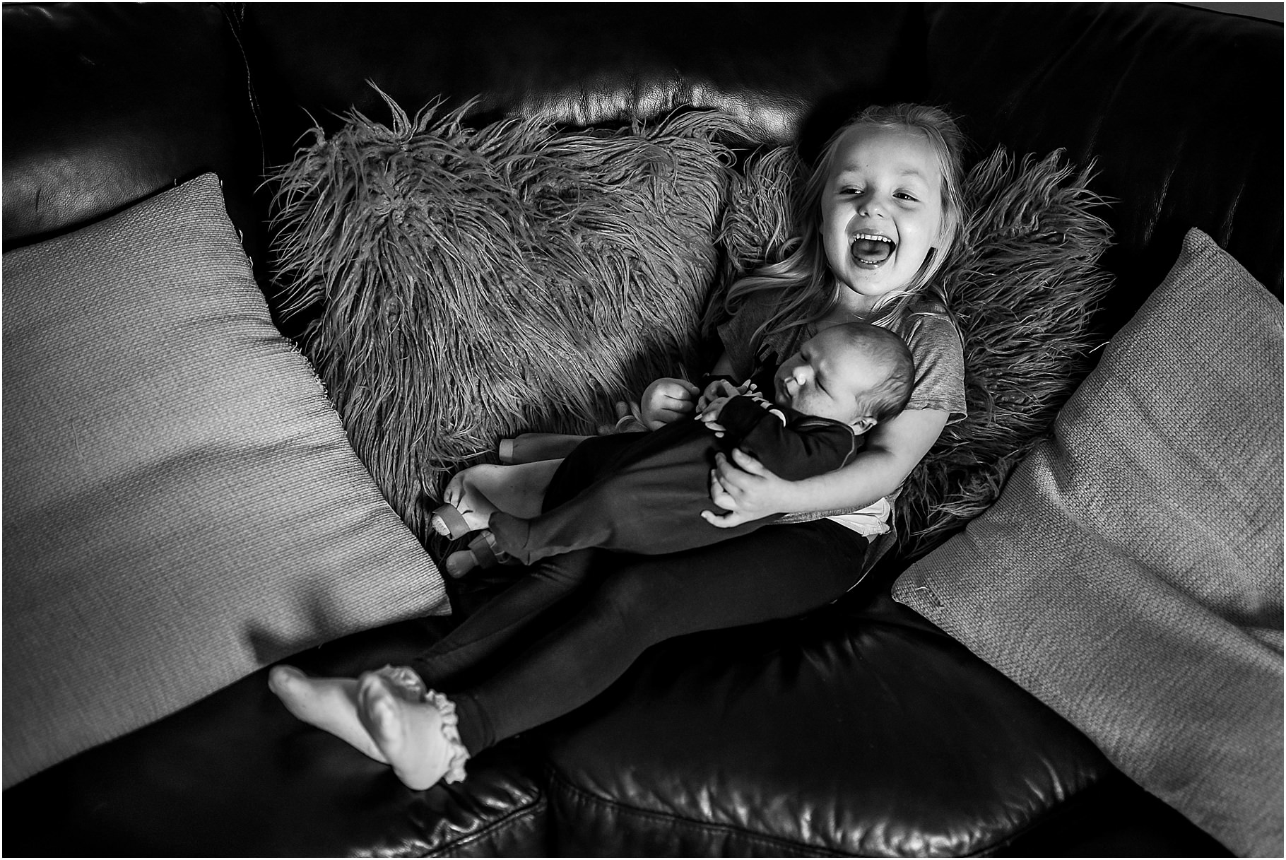 lancashire-family-portraits-documentary-newborn-22.jpg