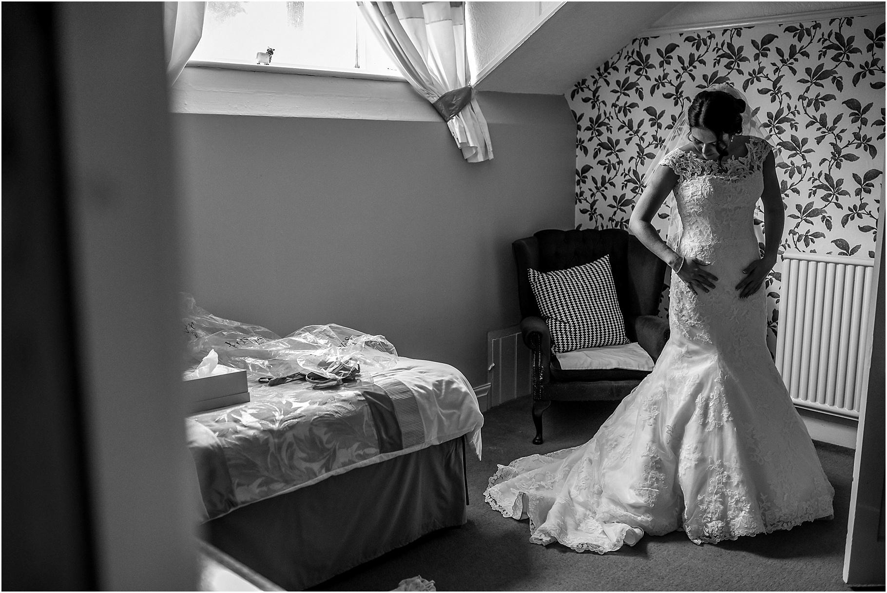 lancashire-marquee-wedding-024.jpg