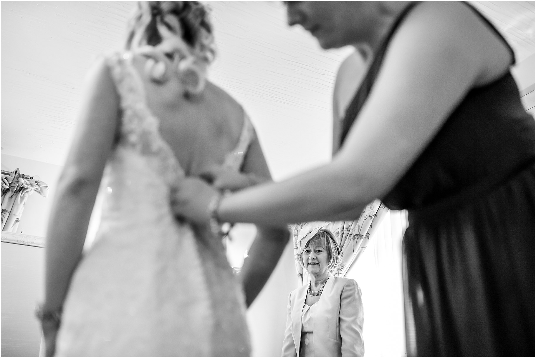 sandhole-oak-barn-wedding-017.jpg