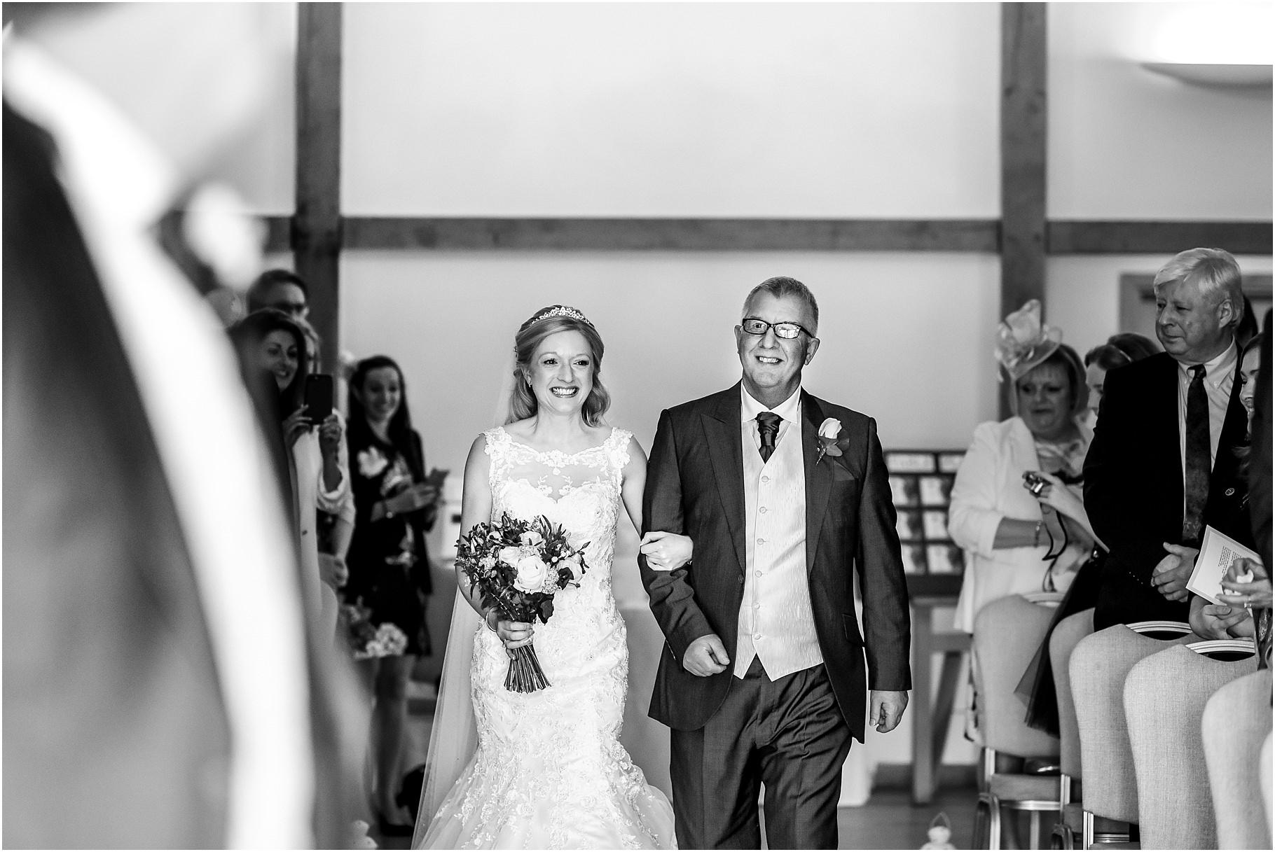 sandhole-oak-barn-wedding-031.jpg
