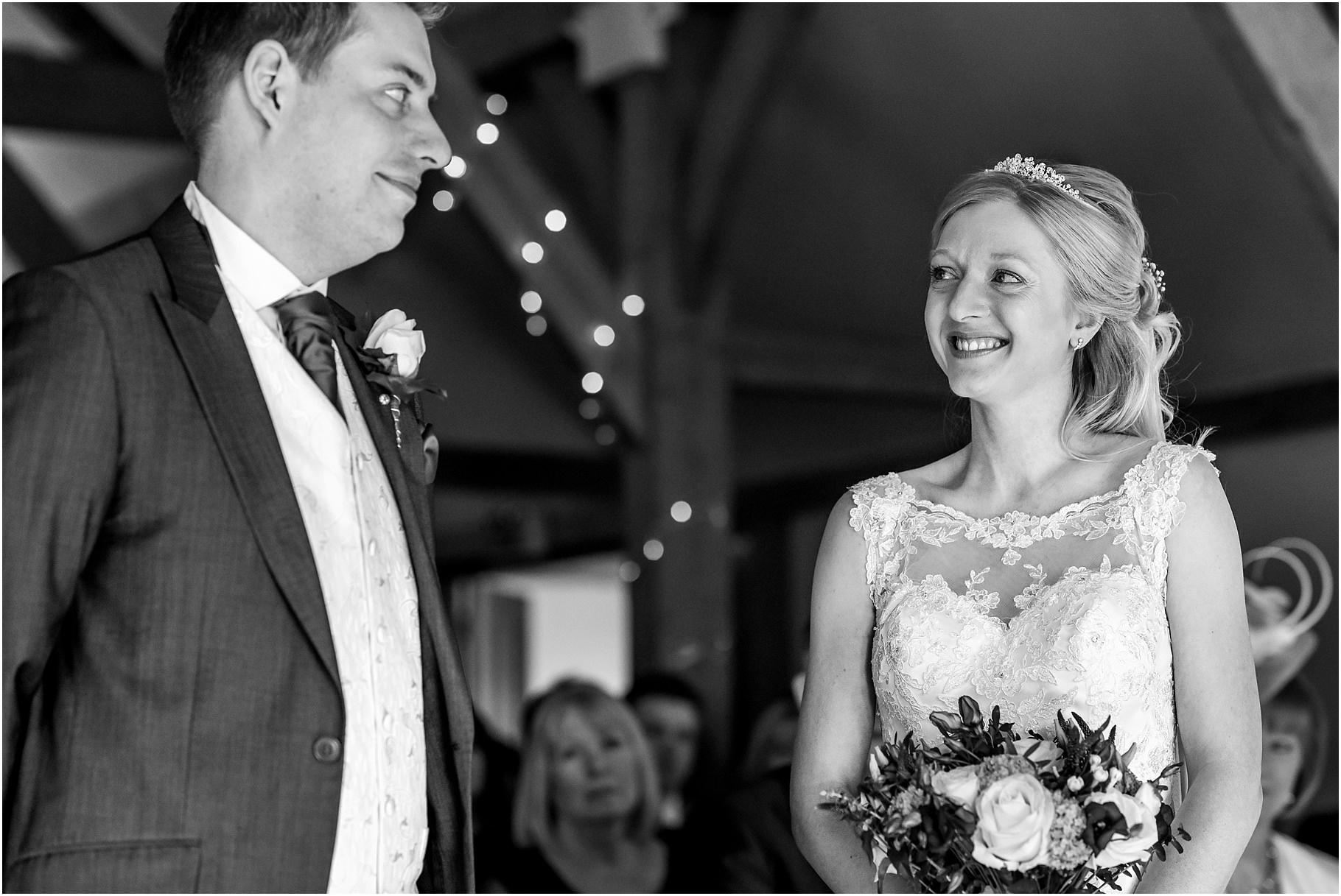 sandhole-oak-barn-wedding-037.jpg