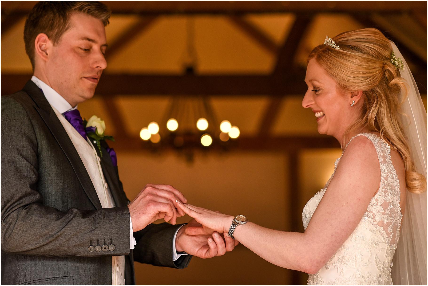 sandhole-oak-barn-wedding-040.jpg