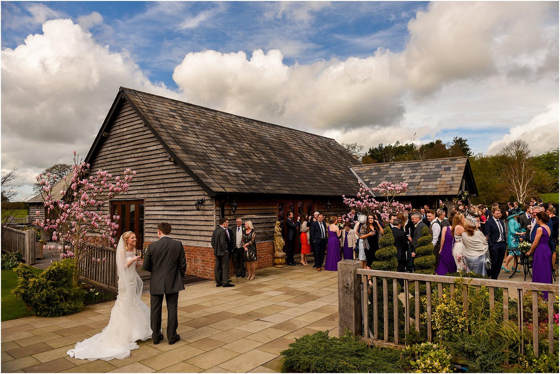 sandhole-oak-barn-wedding-047.jpg