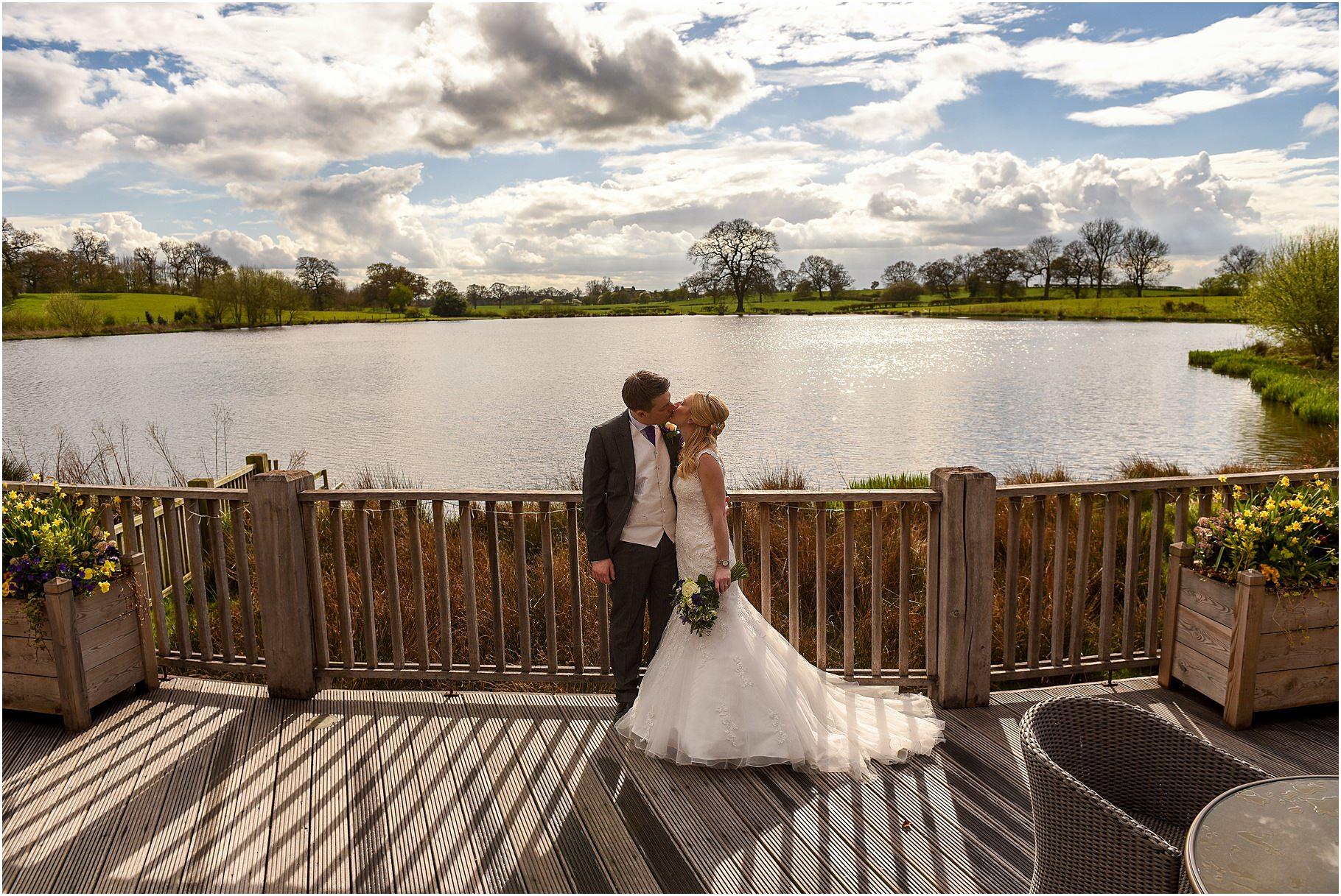 sandhole-oak-barn-wedding-063.jpg