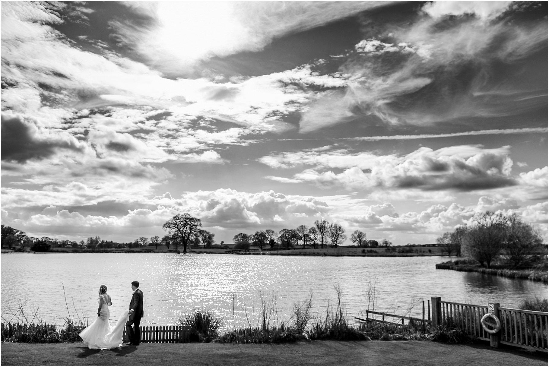 sandhole-oak-barn-wedding-066.jpg