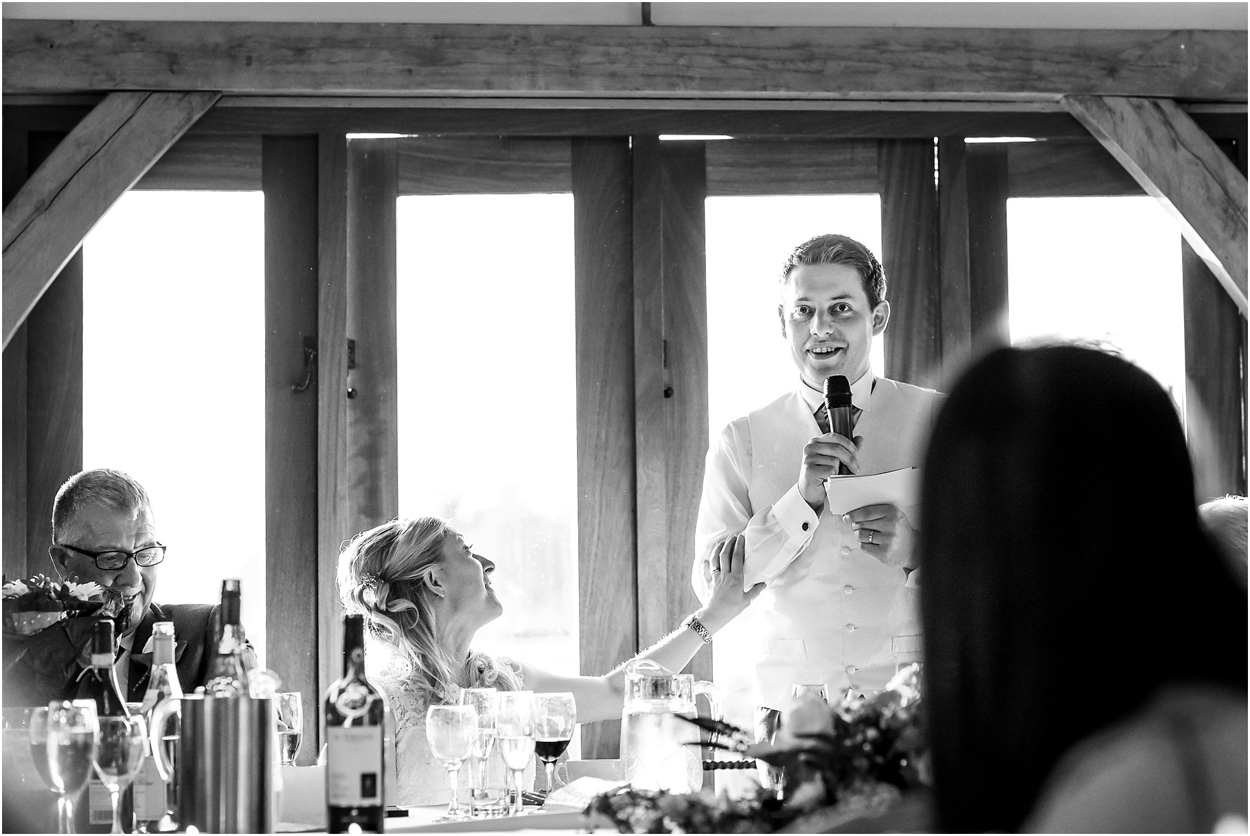 sandhole-oak-barn-wedding-082.jpg