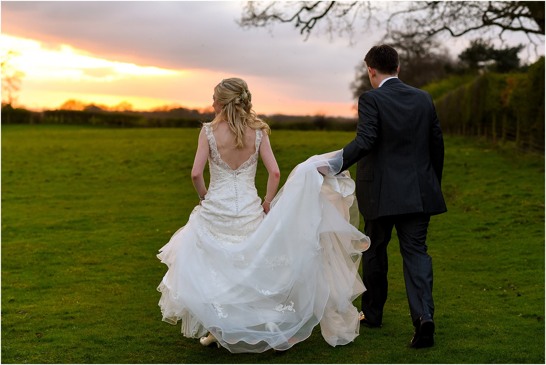 sandhole-oak-barn-wedding-090.jpg