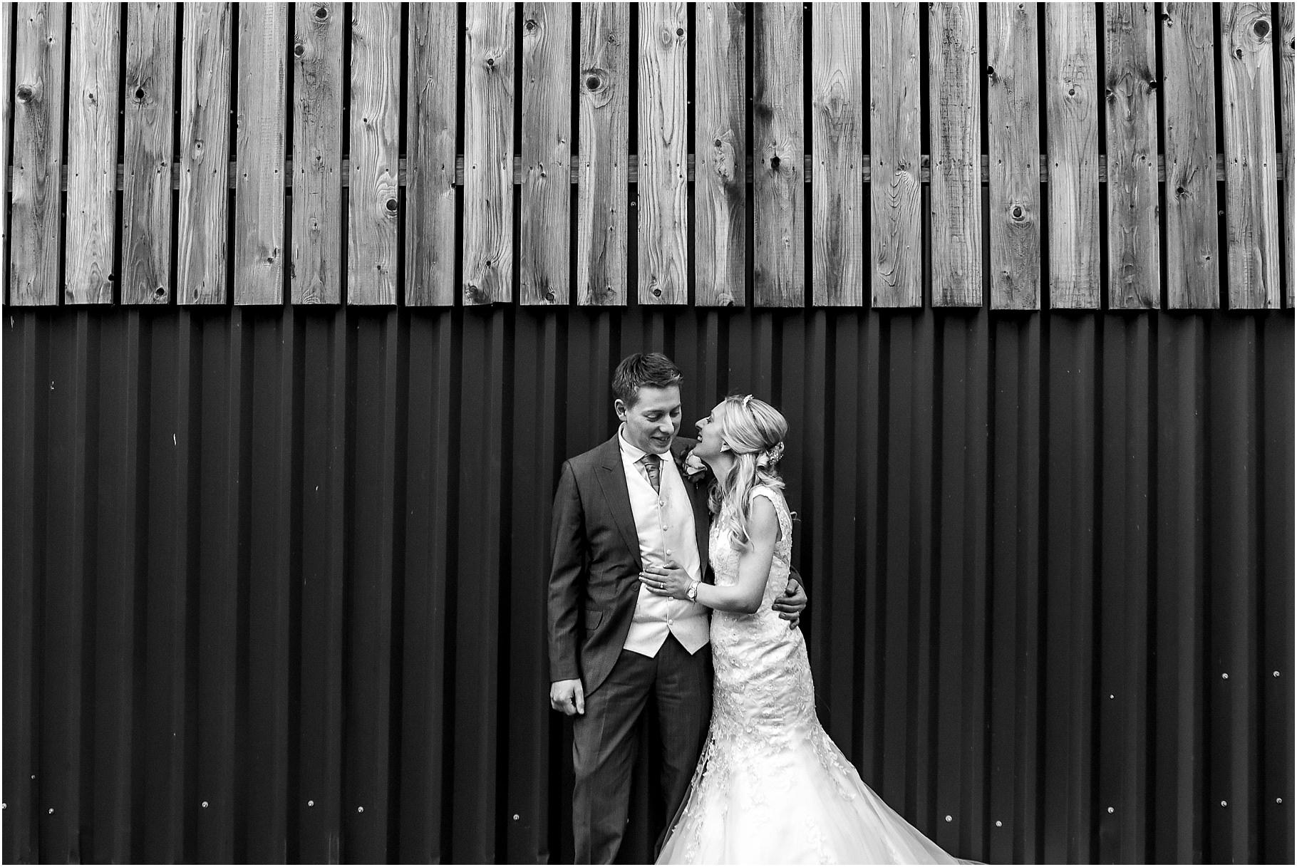 sandhole-oak-barn-wedding-096.jpg