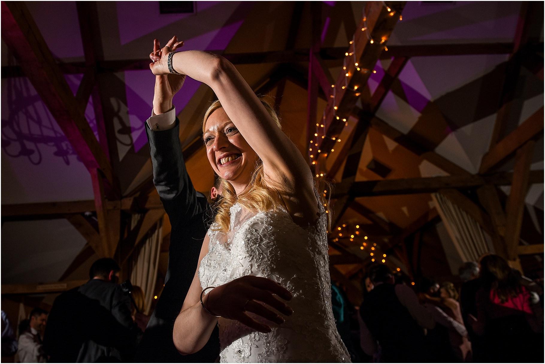 sandhole-oak-barn-wedding-102.jpg