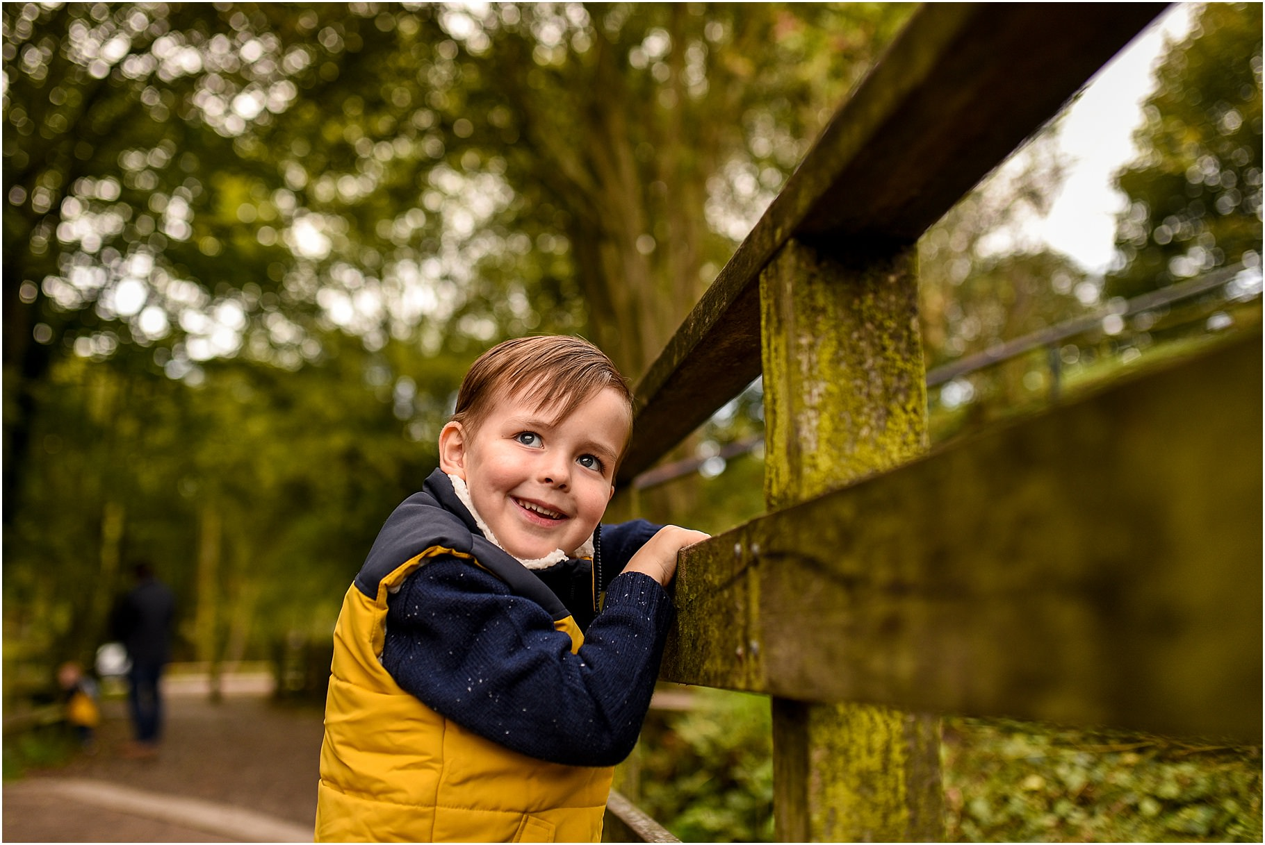 yarrow-valley-country-park-family-shoot - 01.jpg