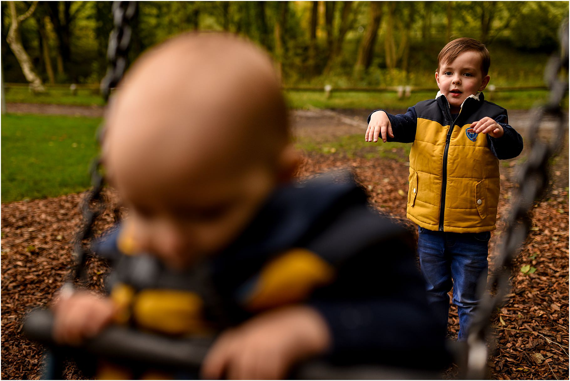 yarrow-valley-country-park-family-shoot - 18.jpg