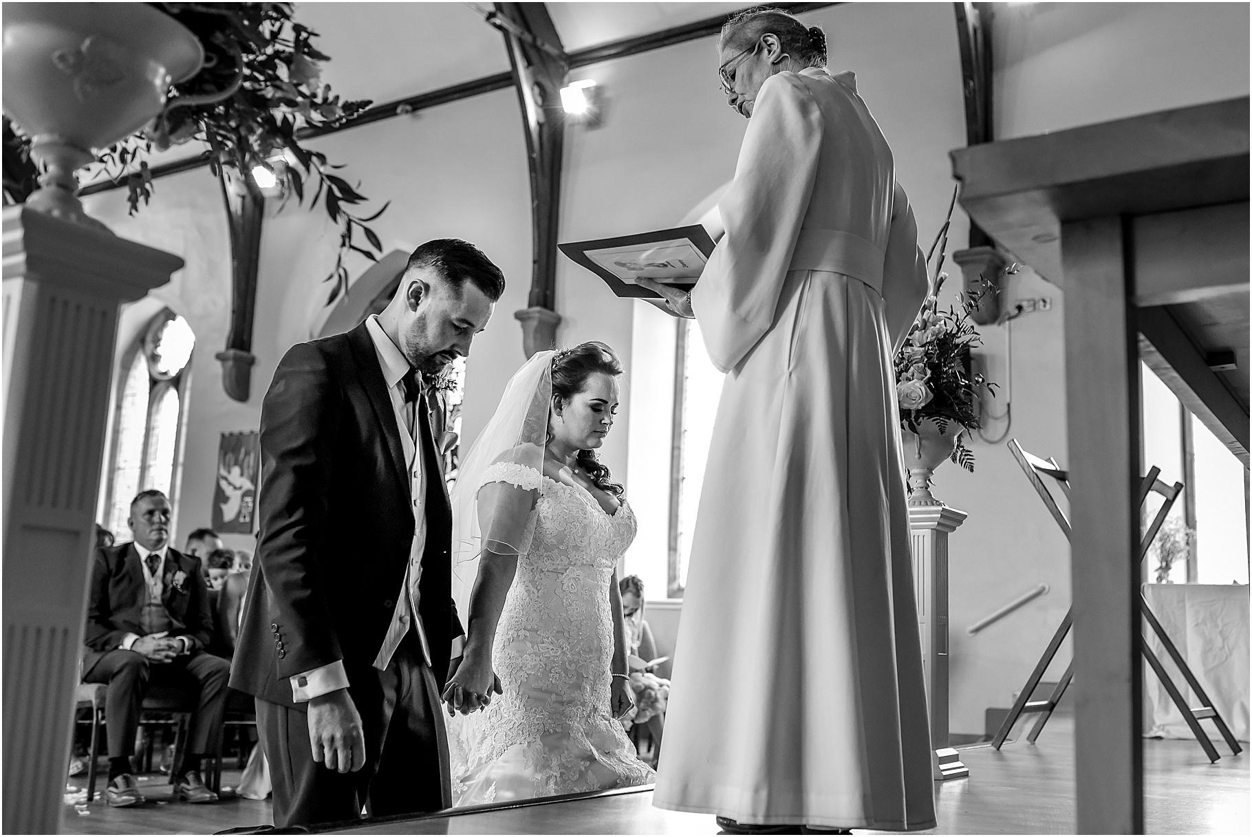 marquee-wedding-photography-042.jpg