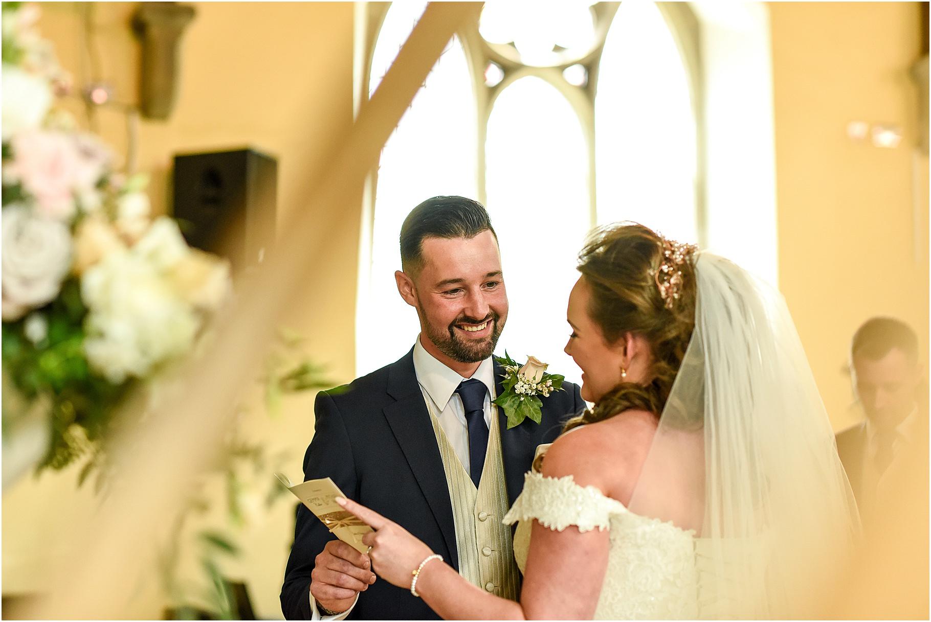 marquee-wedding-photography-044.jpg