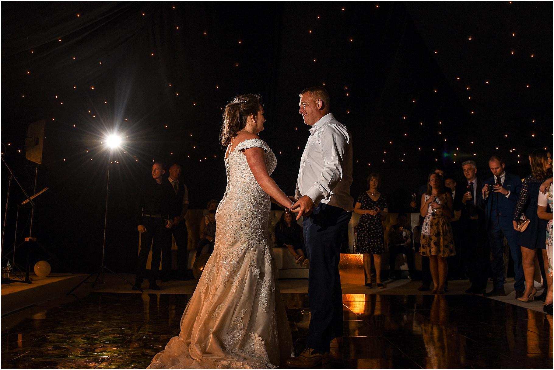 marquee-wedding-photography-118.jpg