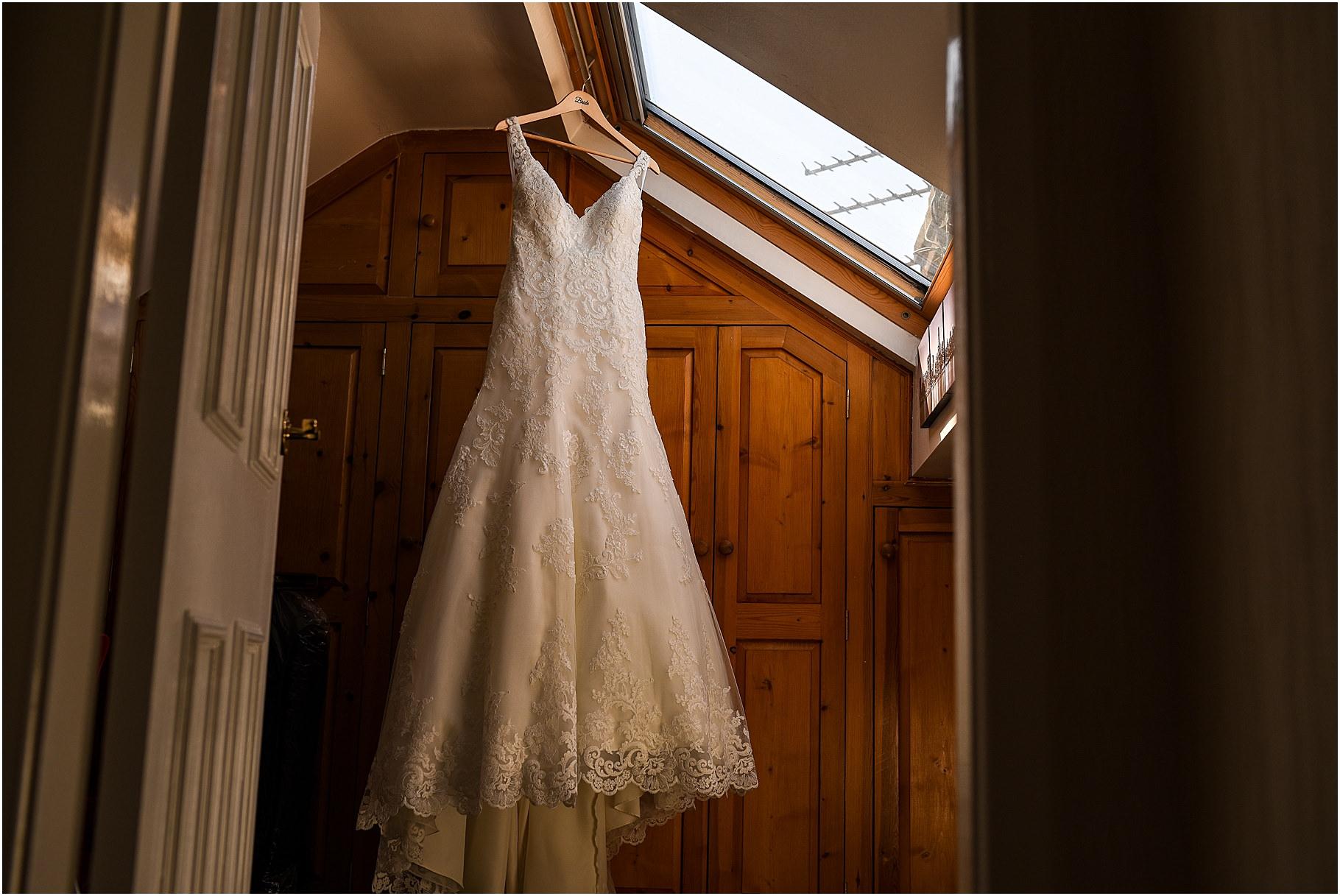 the-villa-wrea-green-wedding-photographer-15.jpg