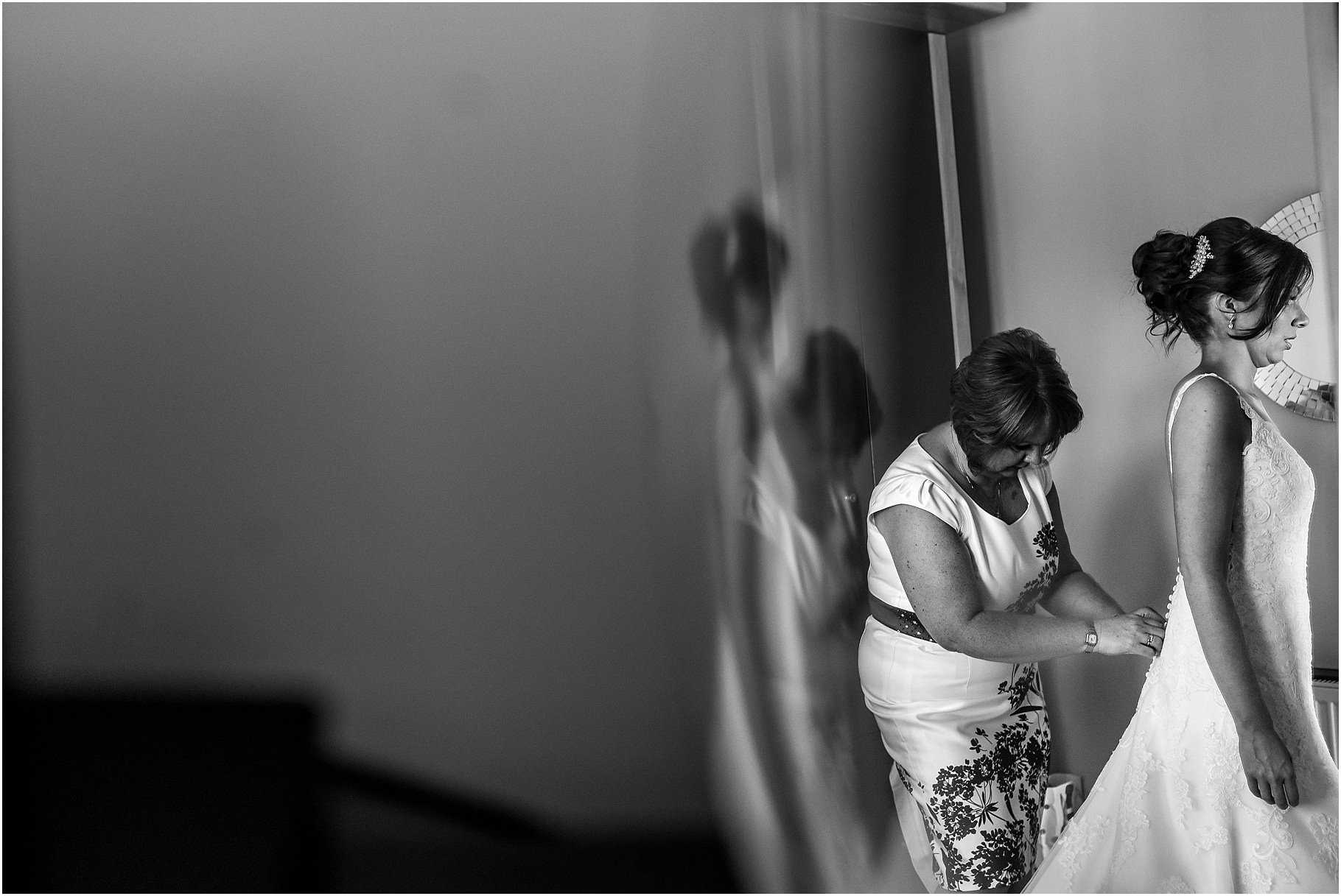 the-villa-wrea-green-wedding-photographer-19.jpg
