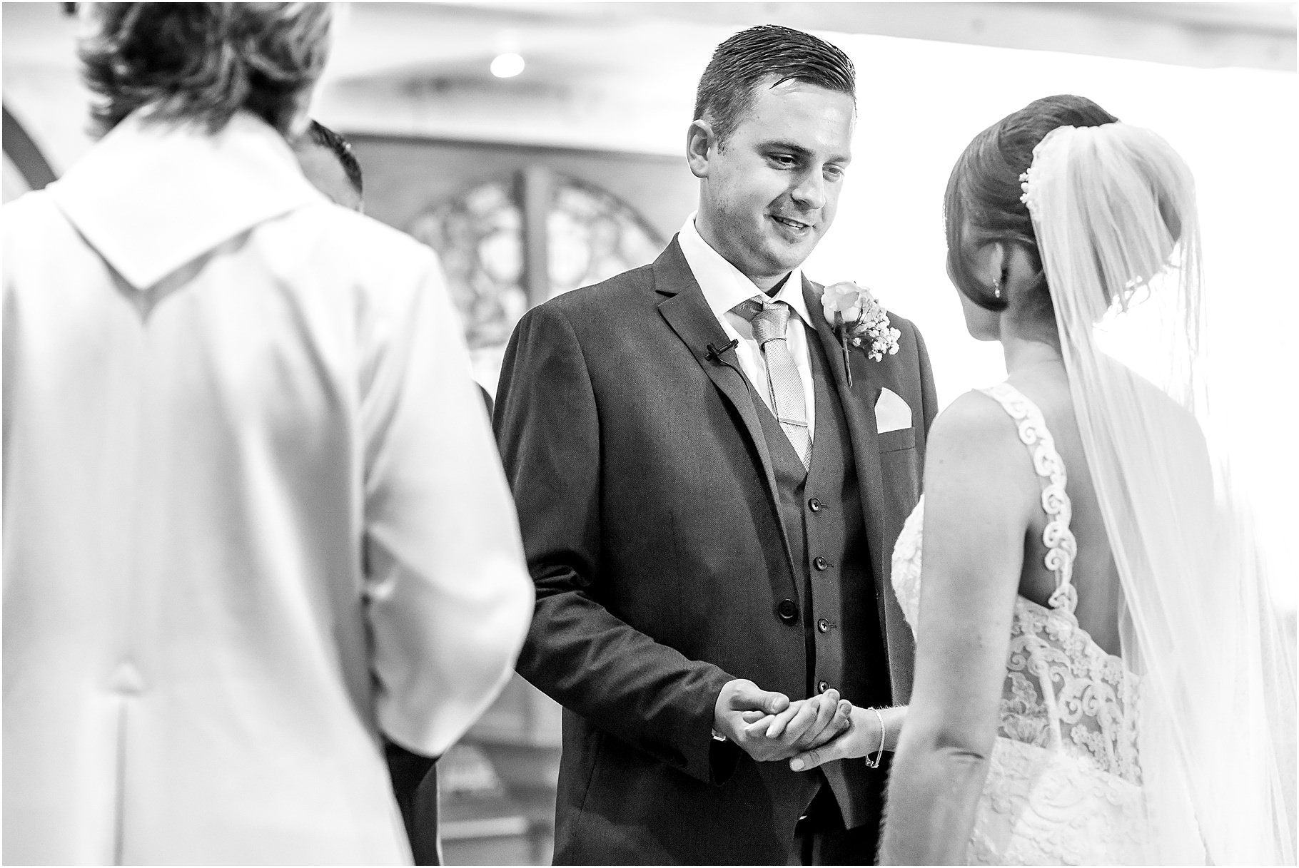 the-villa-wrea-green-wedding-photographer-37.jpg