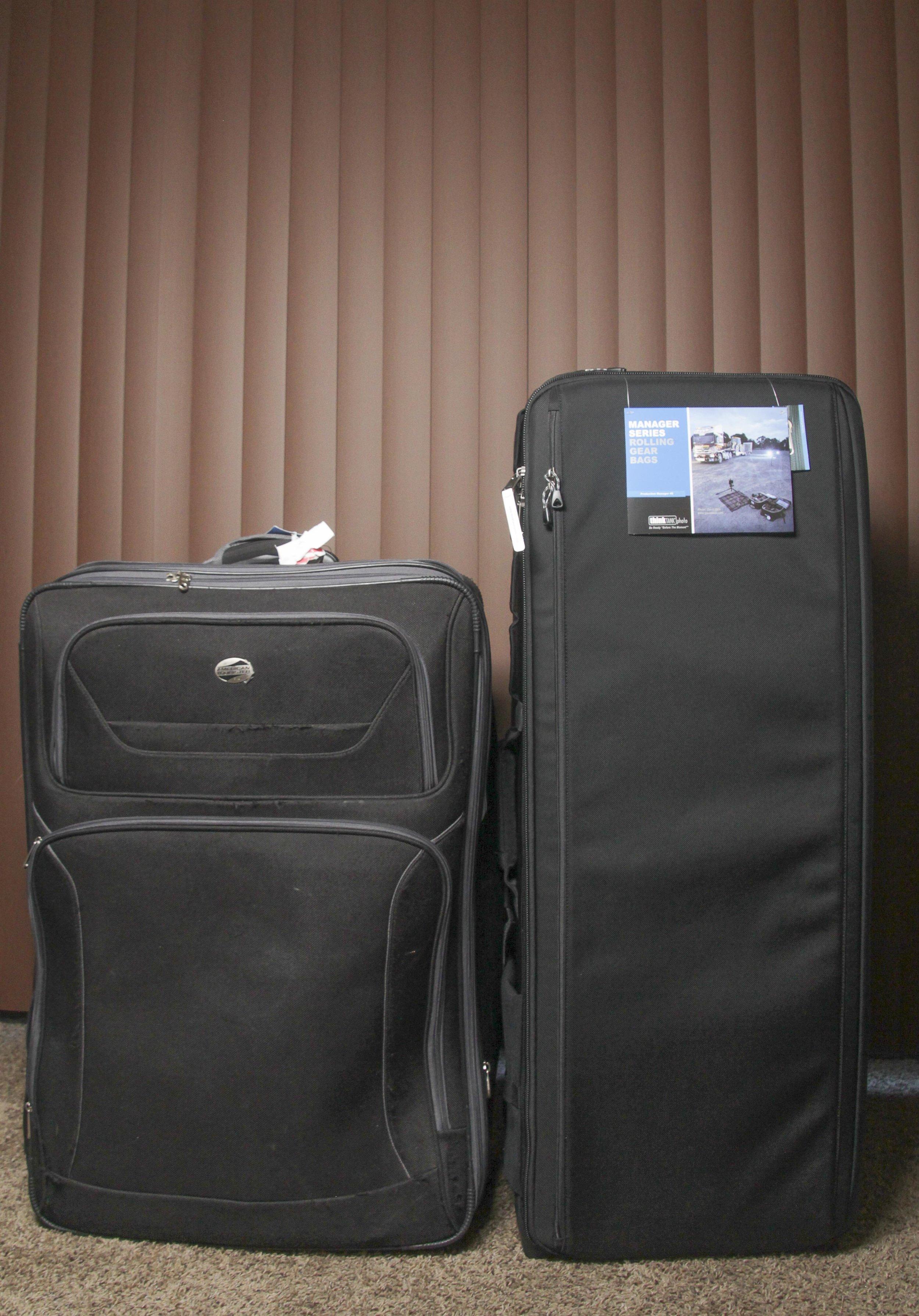 suit case vs Pro mas 40.jpg